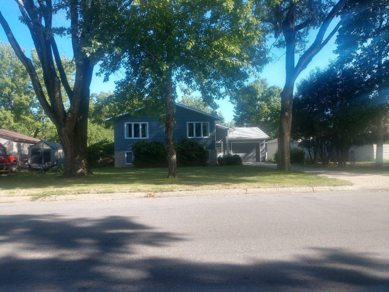 E 505 Walnut Street Property Photo