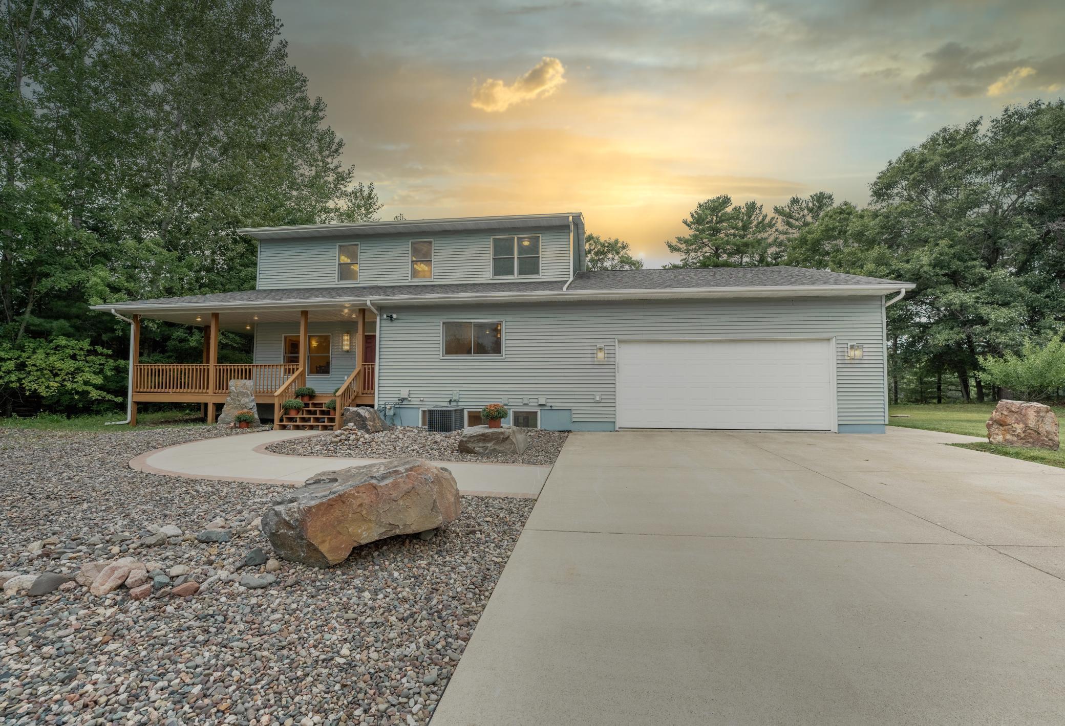 13356 195 Street Property Photo