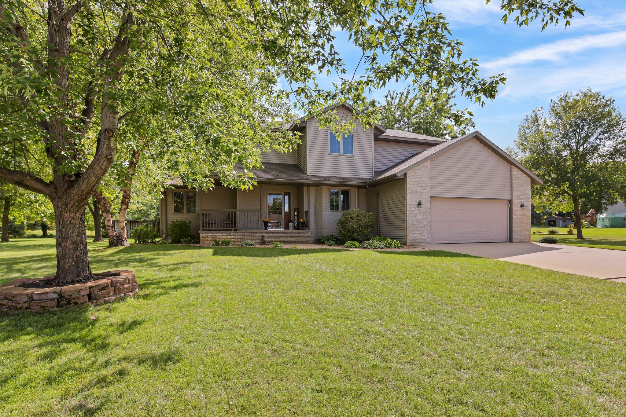 3900 Latoka View Lane Property Photo 1