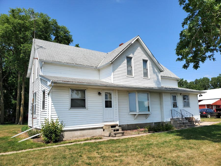 45697 170th Street Property Photo