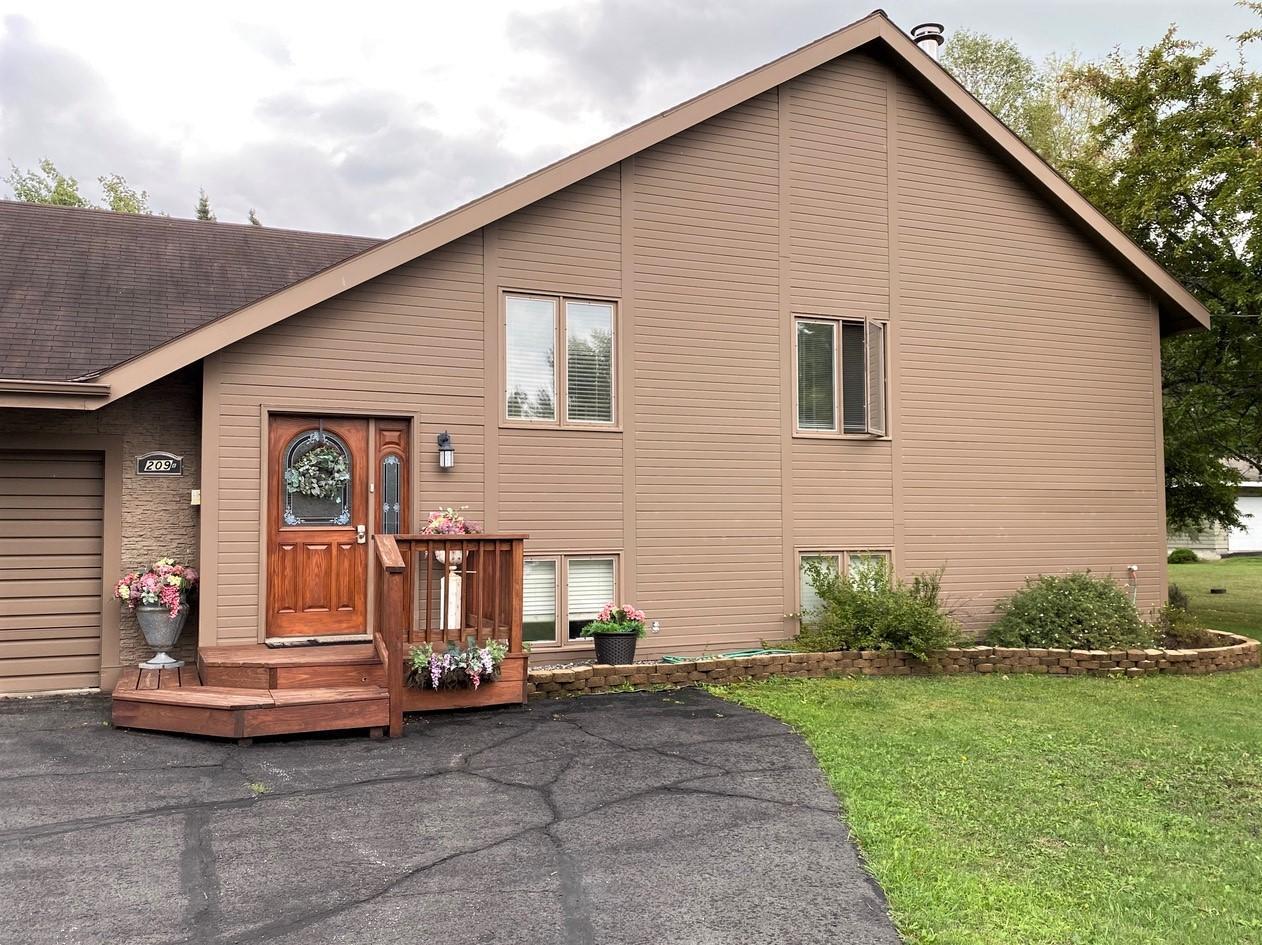 209 B Shorewood Drive Property Photo