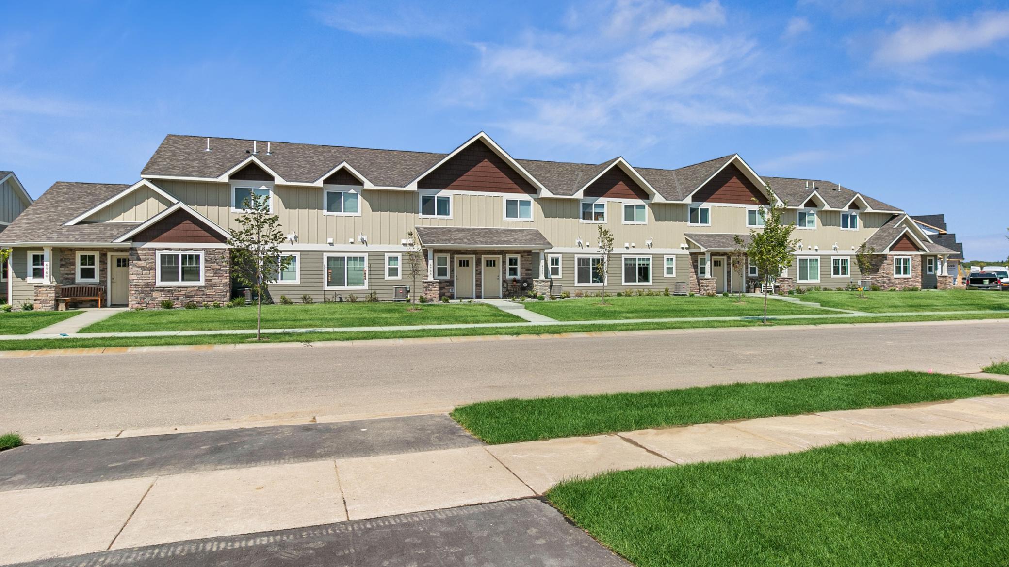 6961 Linwood Drive Property Photo