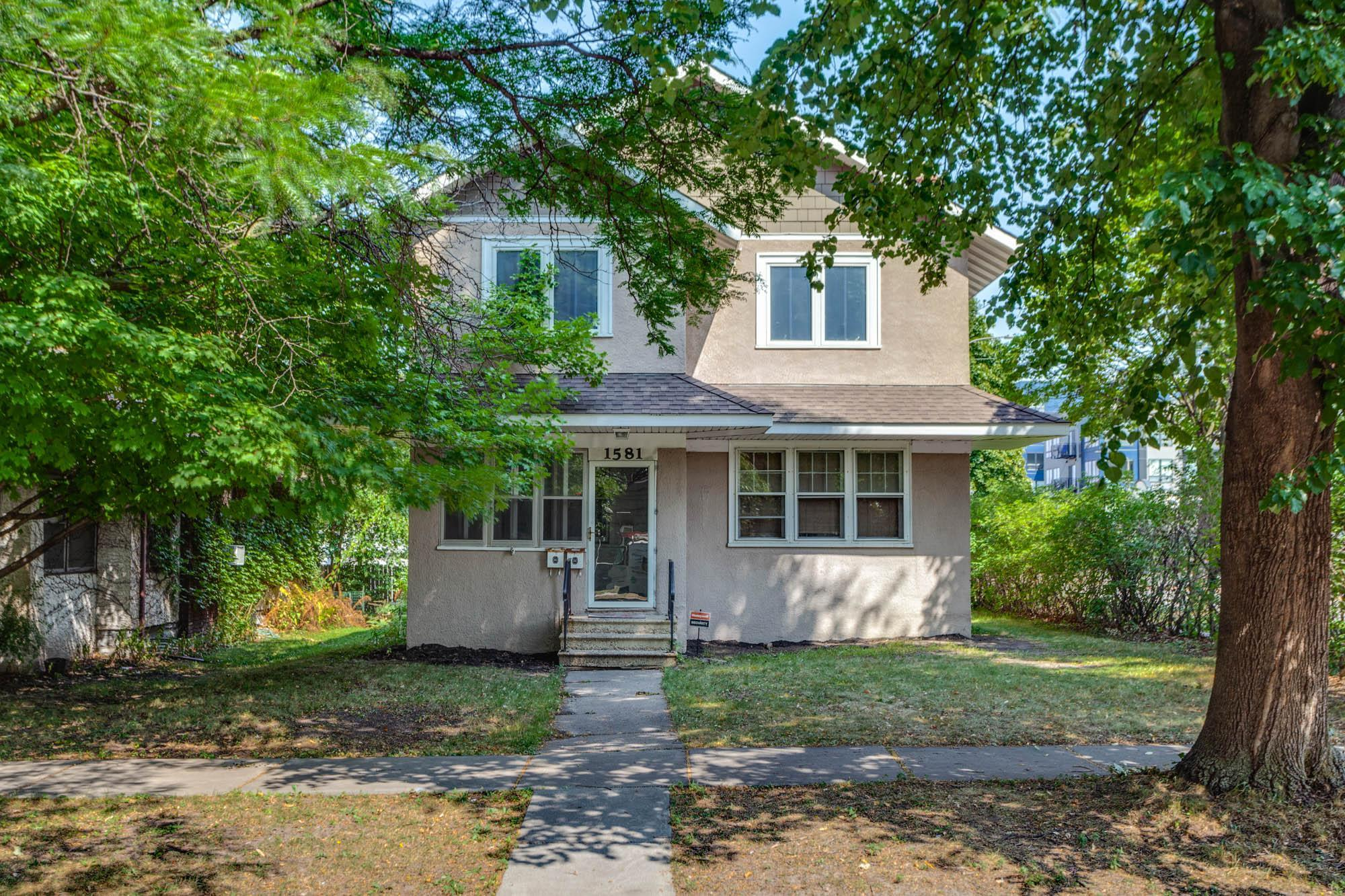 1581 Stanford Avenue Property Photo