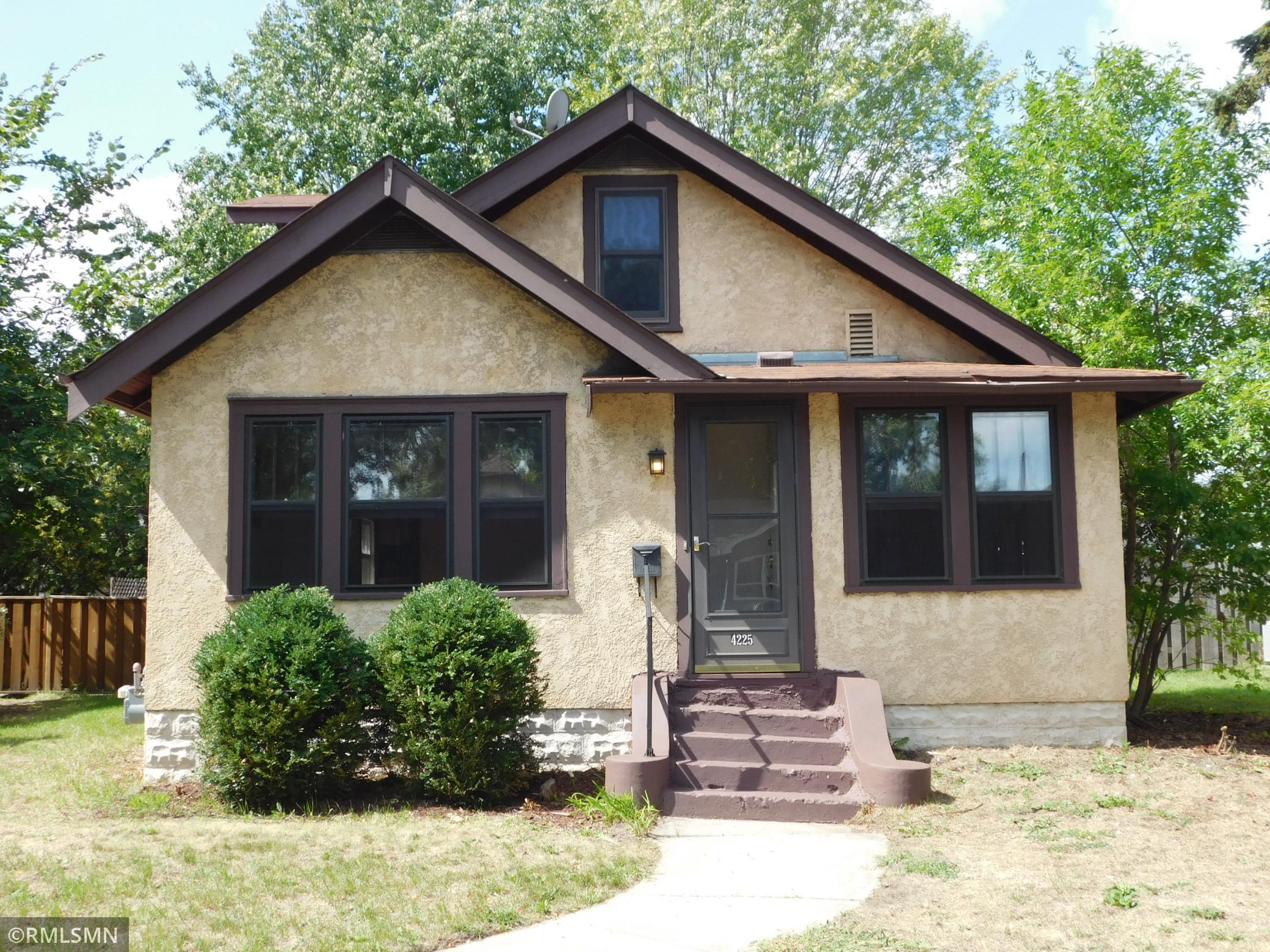 4225 Thomas Avenue Property Photo