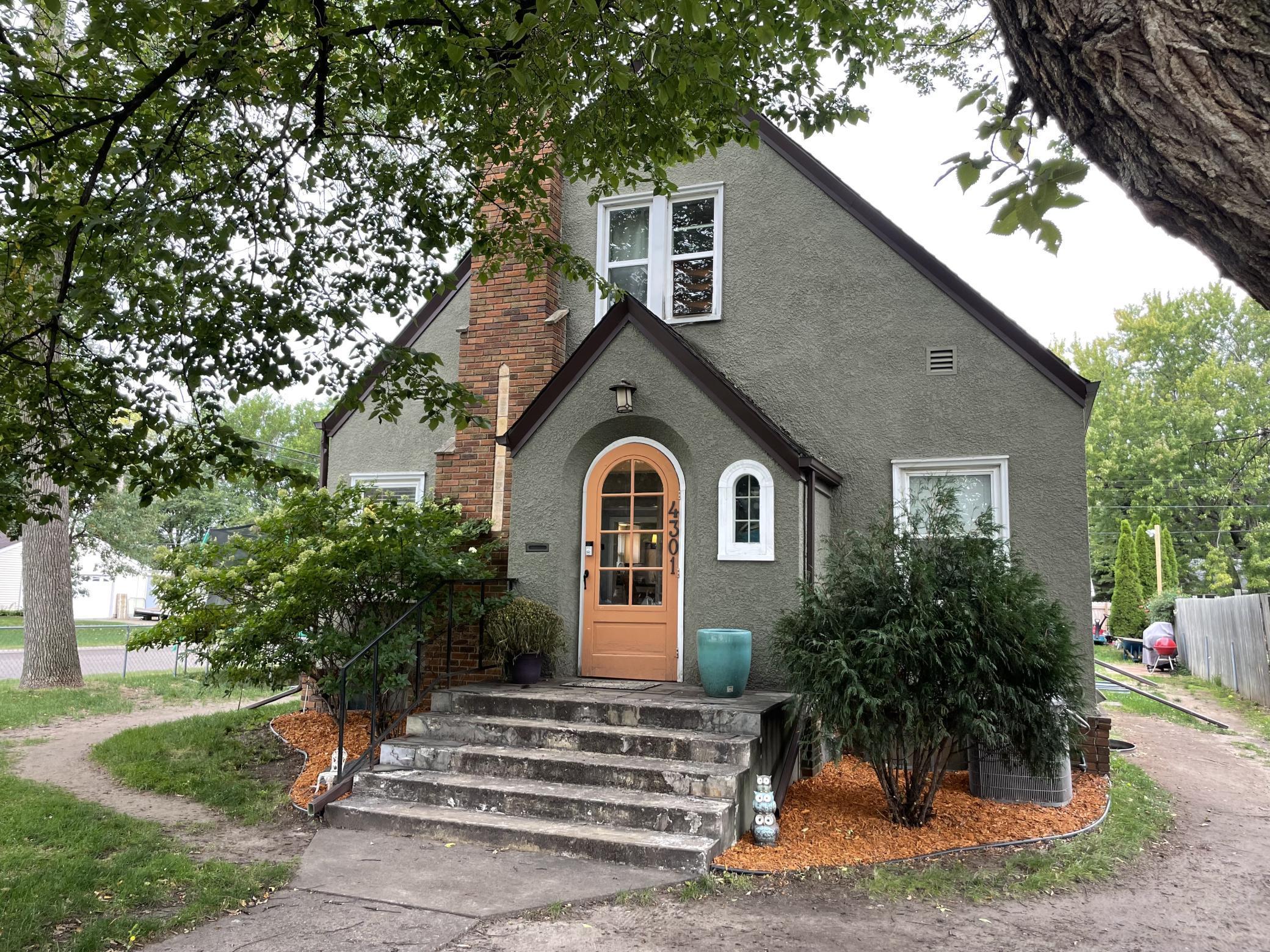 4301 Zane Avenue Property Photo