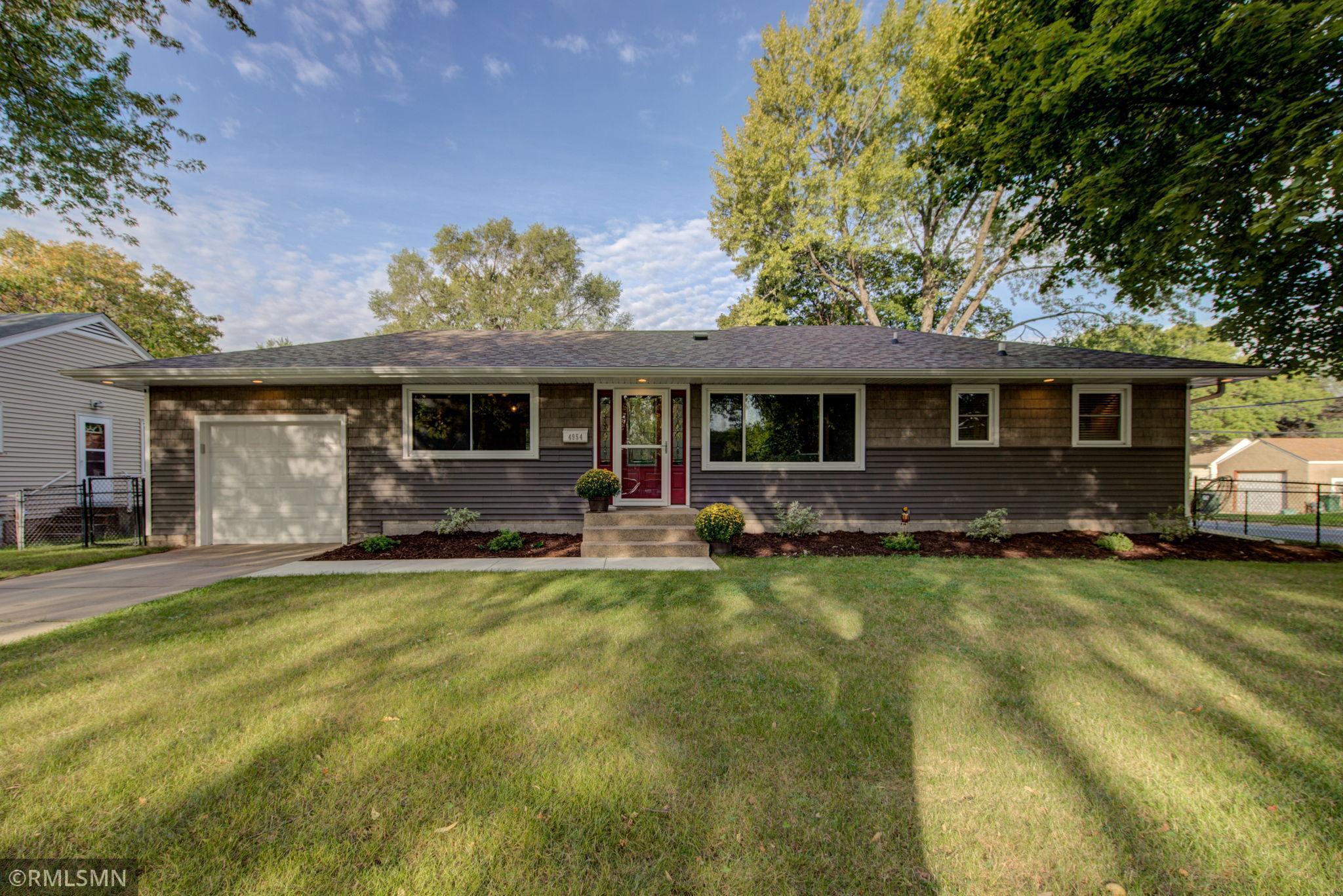 4954 6th Street Property Photo