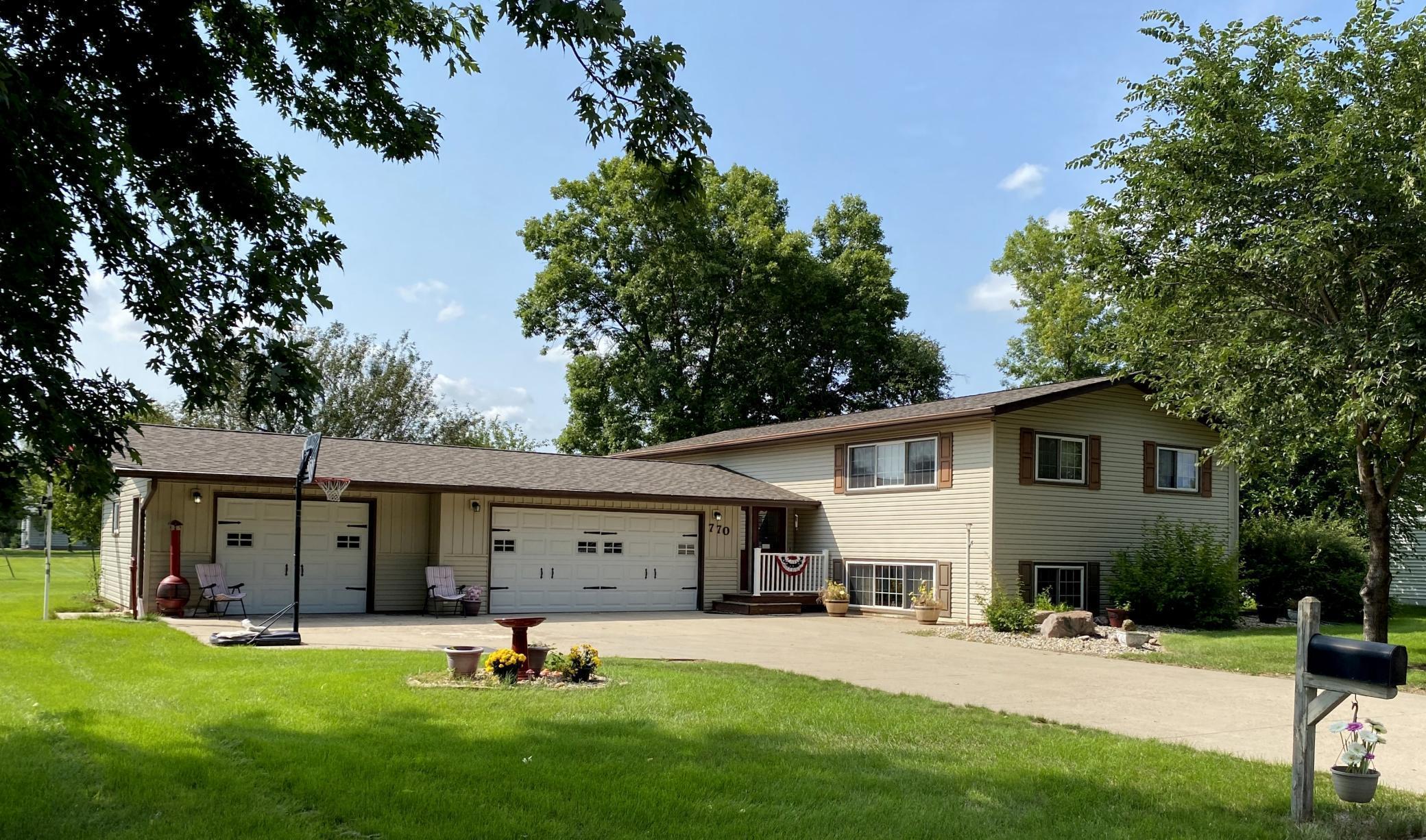 770 Winnie Avenue Property Photo
