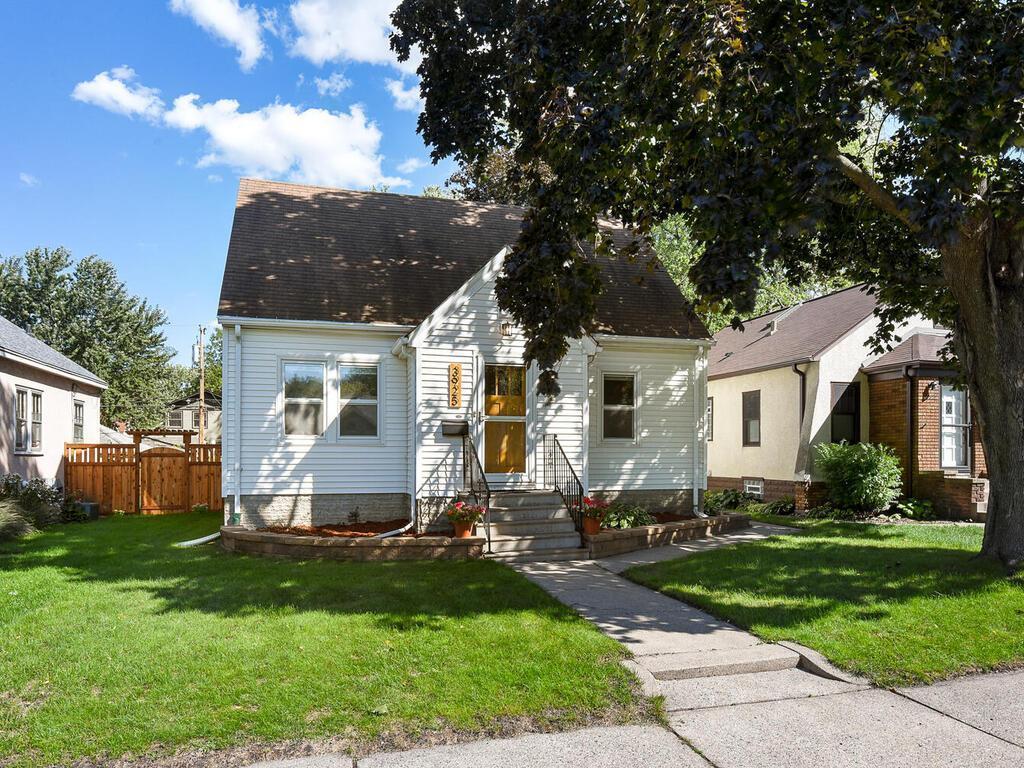 3925 44th Avenue Property Photo