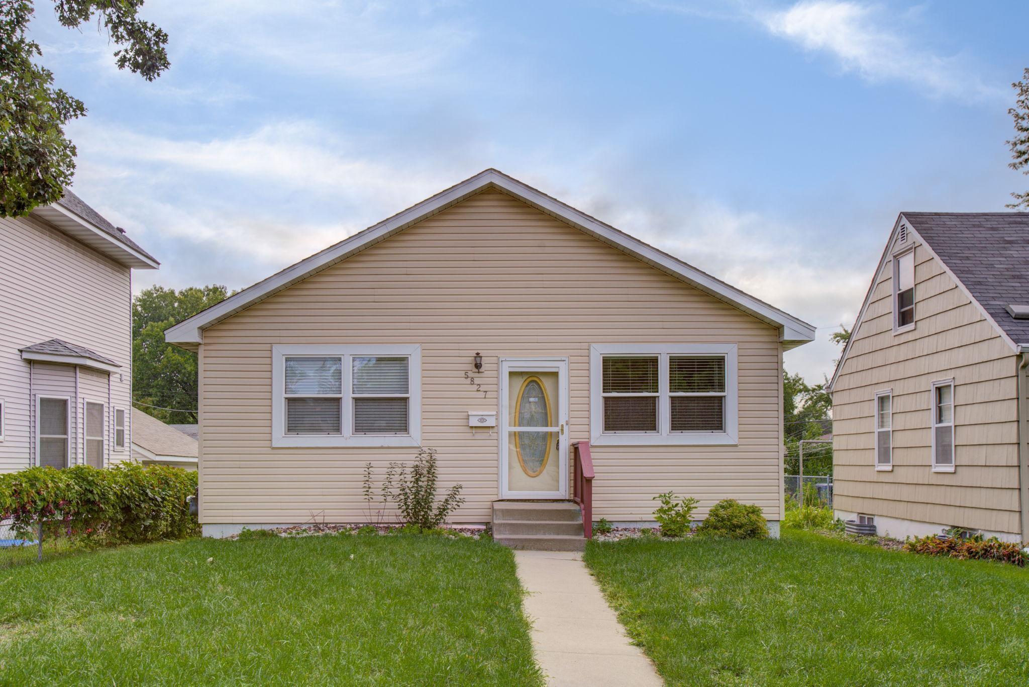5827 Xerxes Avenue Property Photo