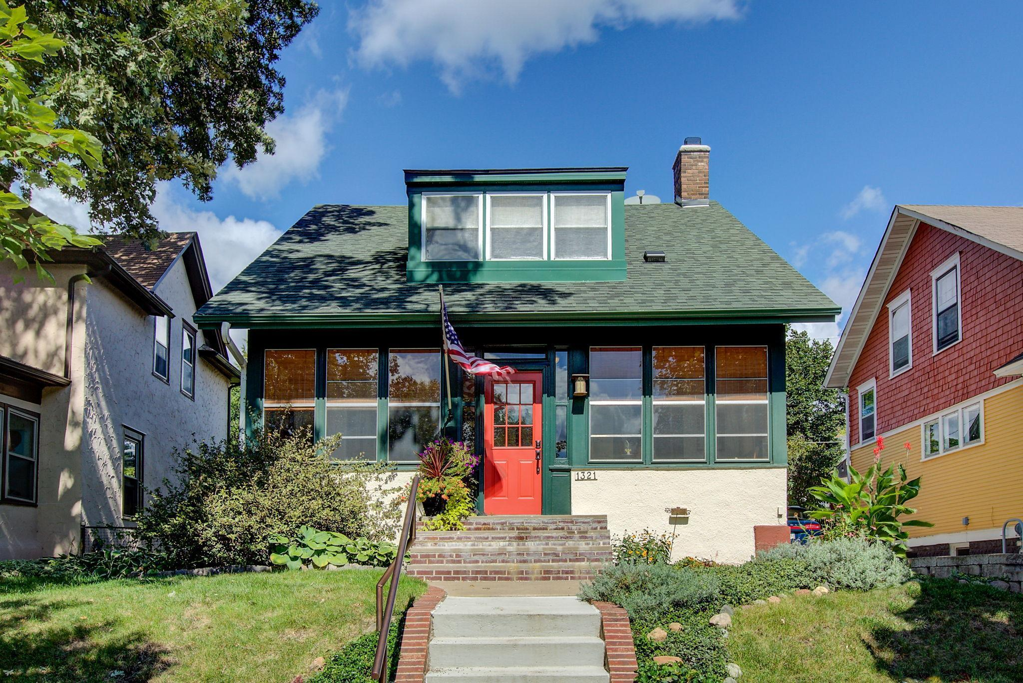 1321 Selby Avenue Property Photo