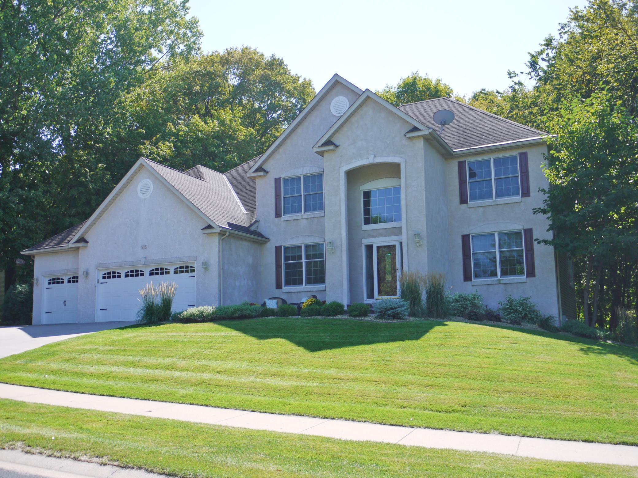 915 Weston Ridge Parkway Property Photo