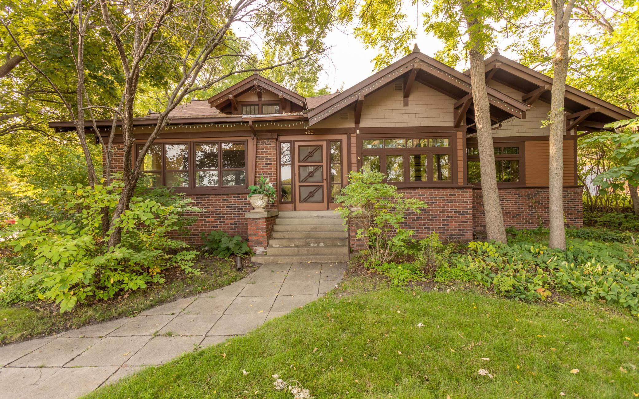 420 6th Avenue Property Photo 1