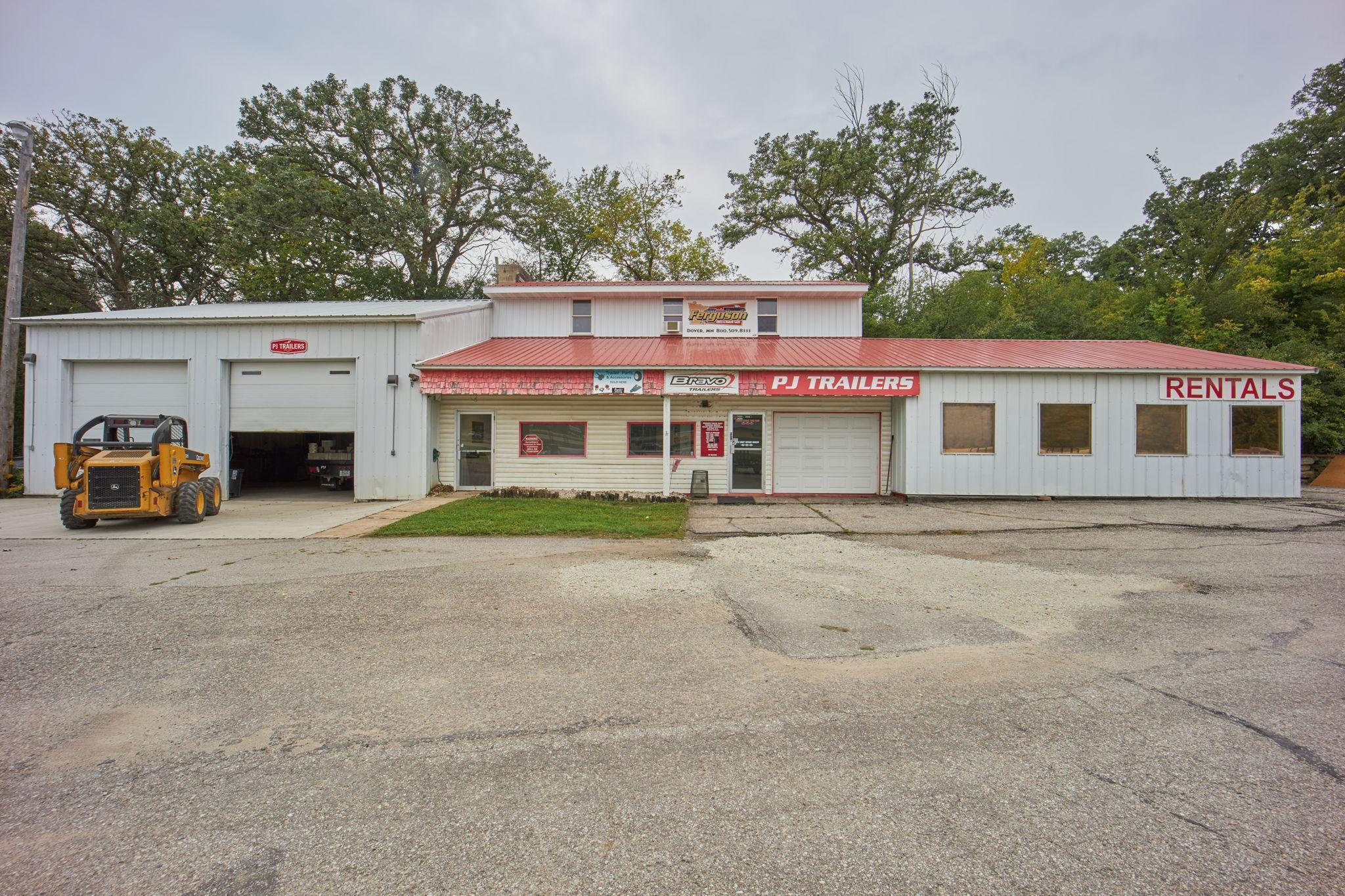 5525 Highway 63 Property Photo 1