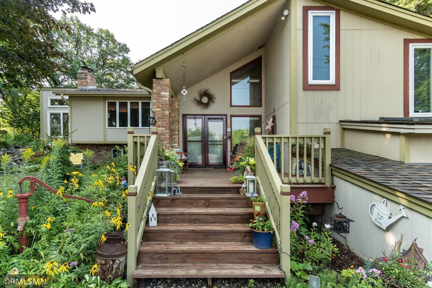 1700 Deerwood Drive Property Photo