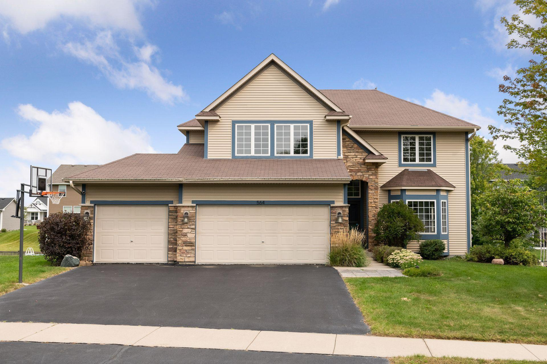 564 Franklin Avenue Property Photo