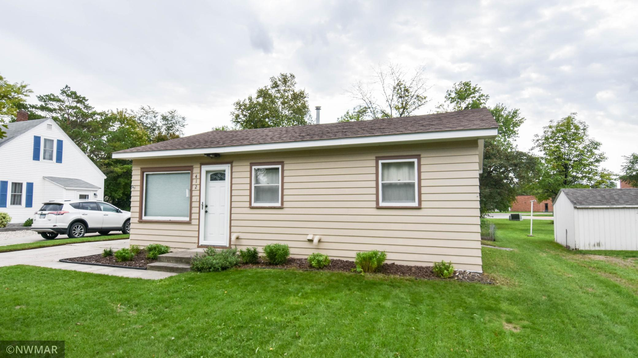 412 E Prairie Avenue Property Photo