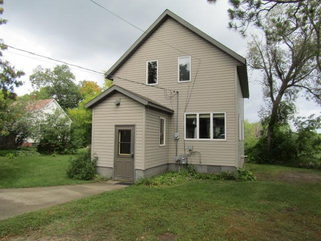 206 Gunn Ave Property Photo