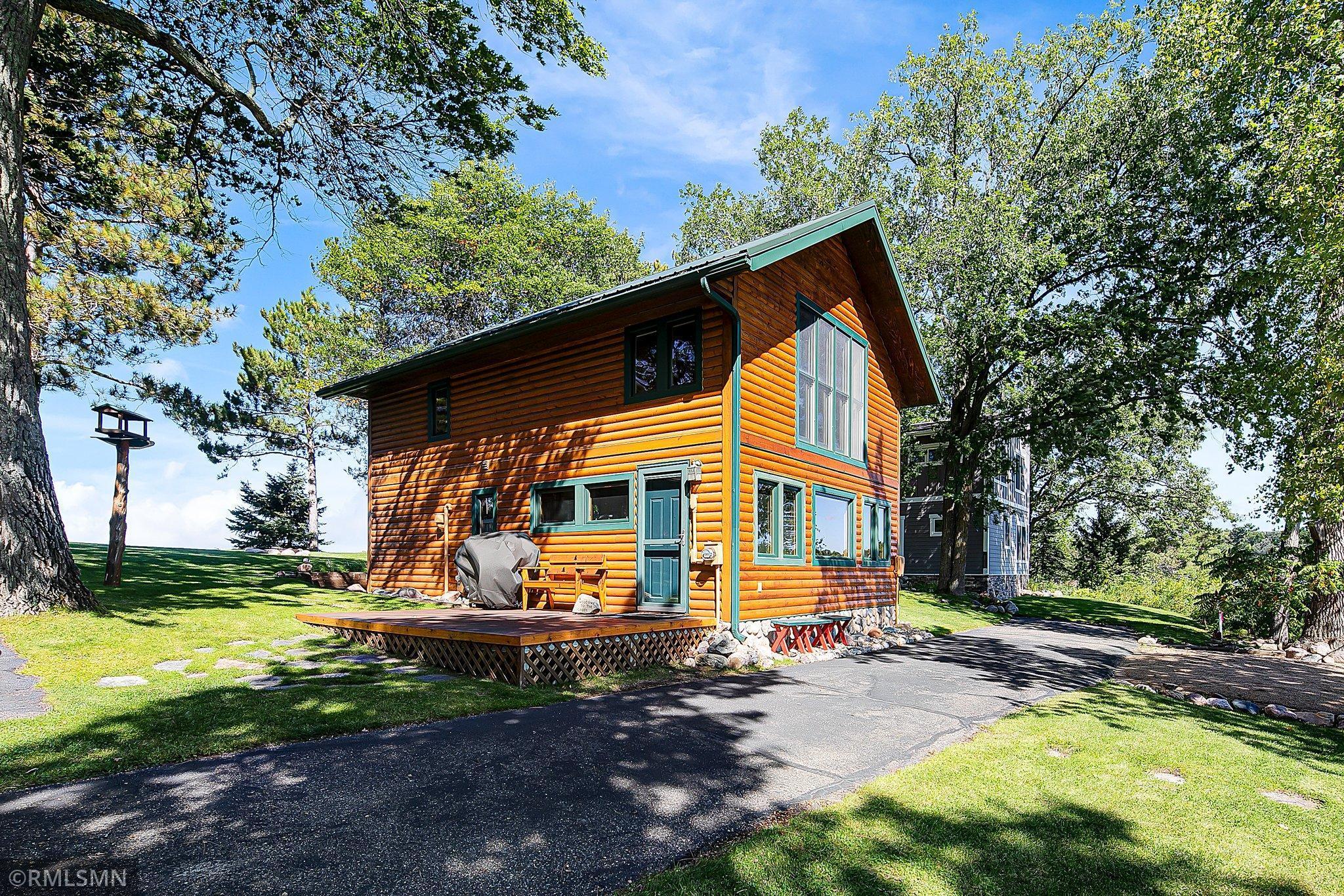 34997 E Shore Boulevard Property Photo