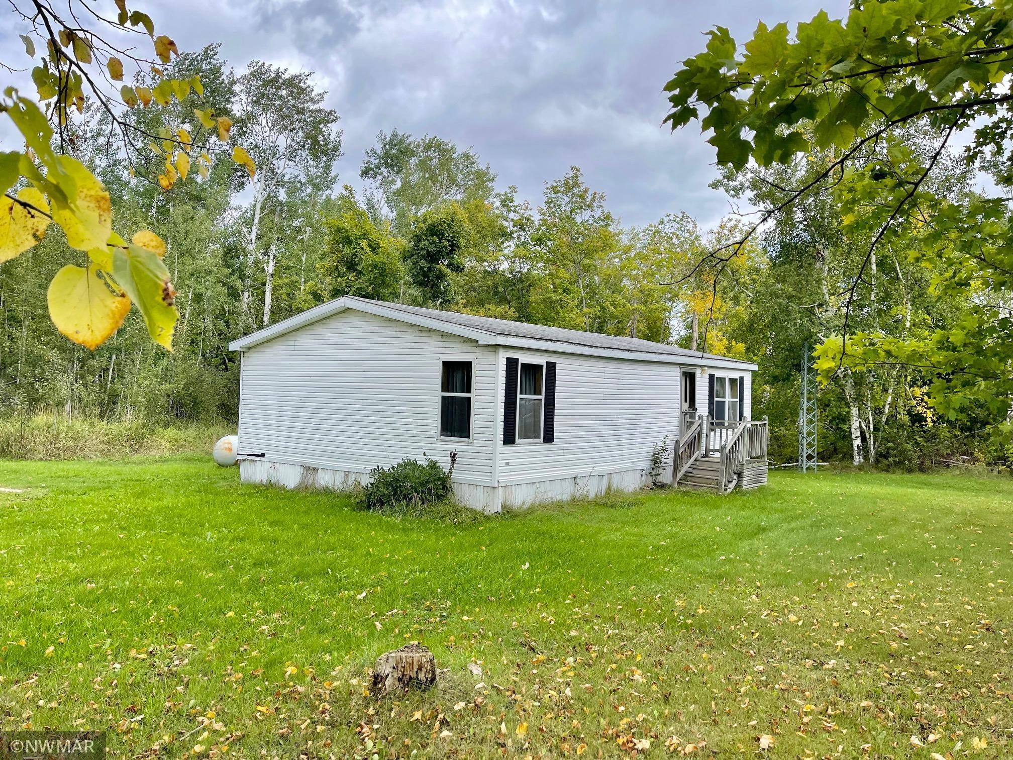 26413 Alvwood Road Property Photo