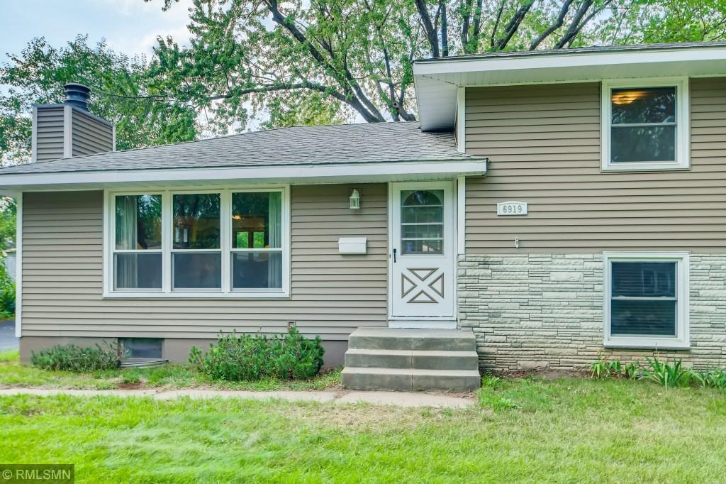 6919 Scott Avenue Property Photo