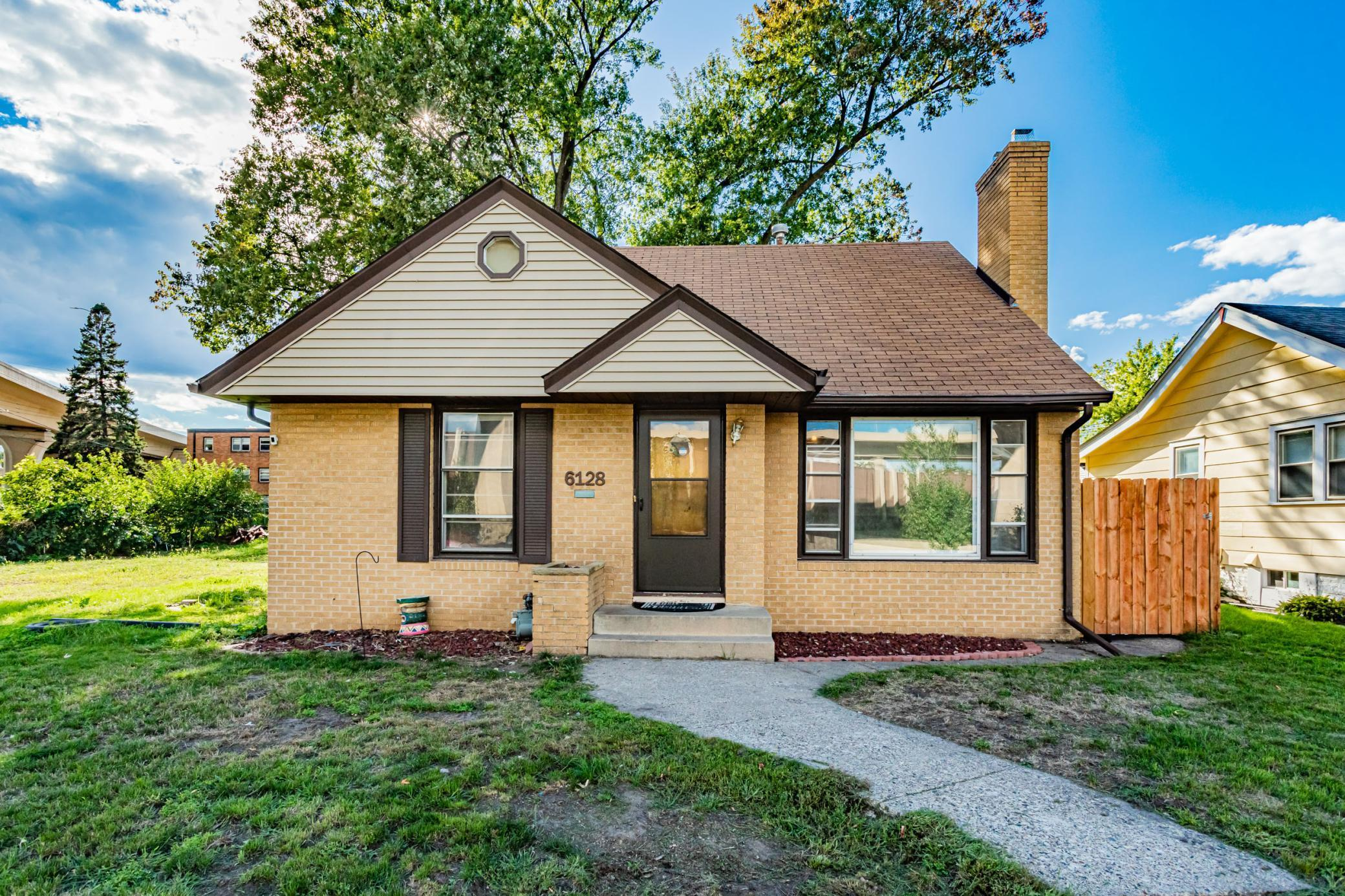 6128 1st Avenue Property Photo