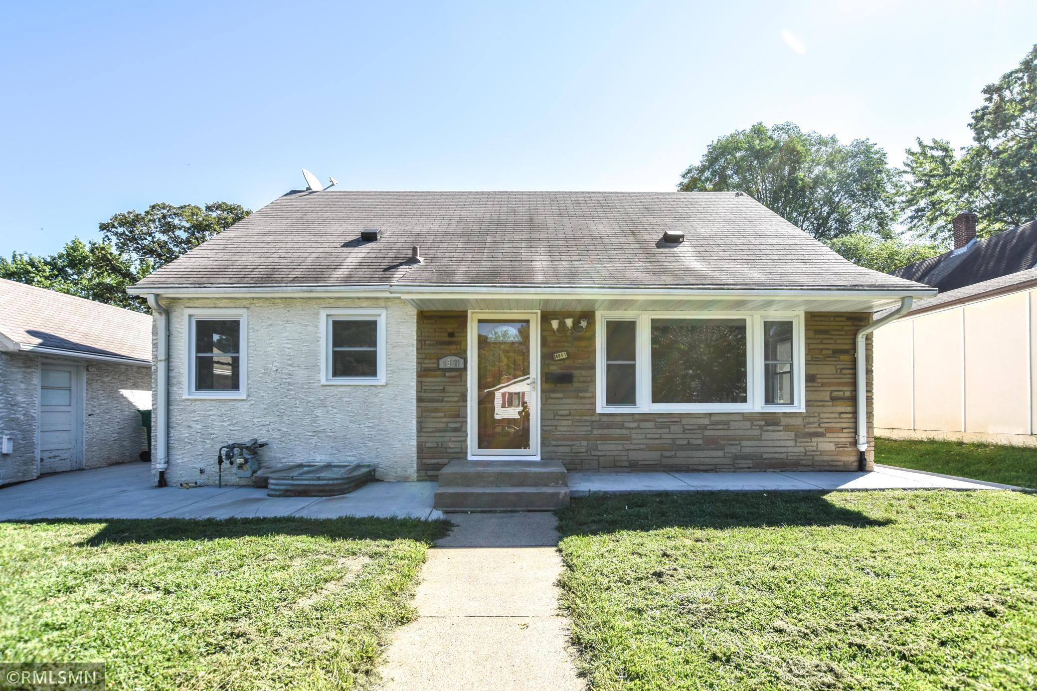 4651 6th Street Property Photo
