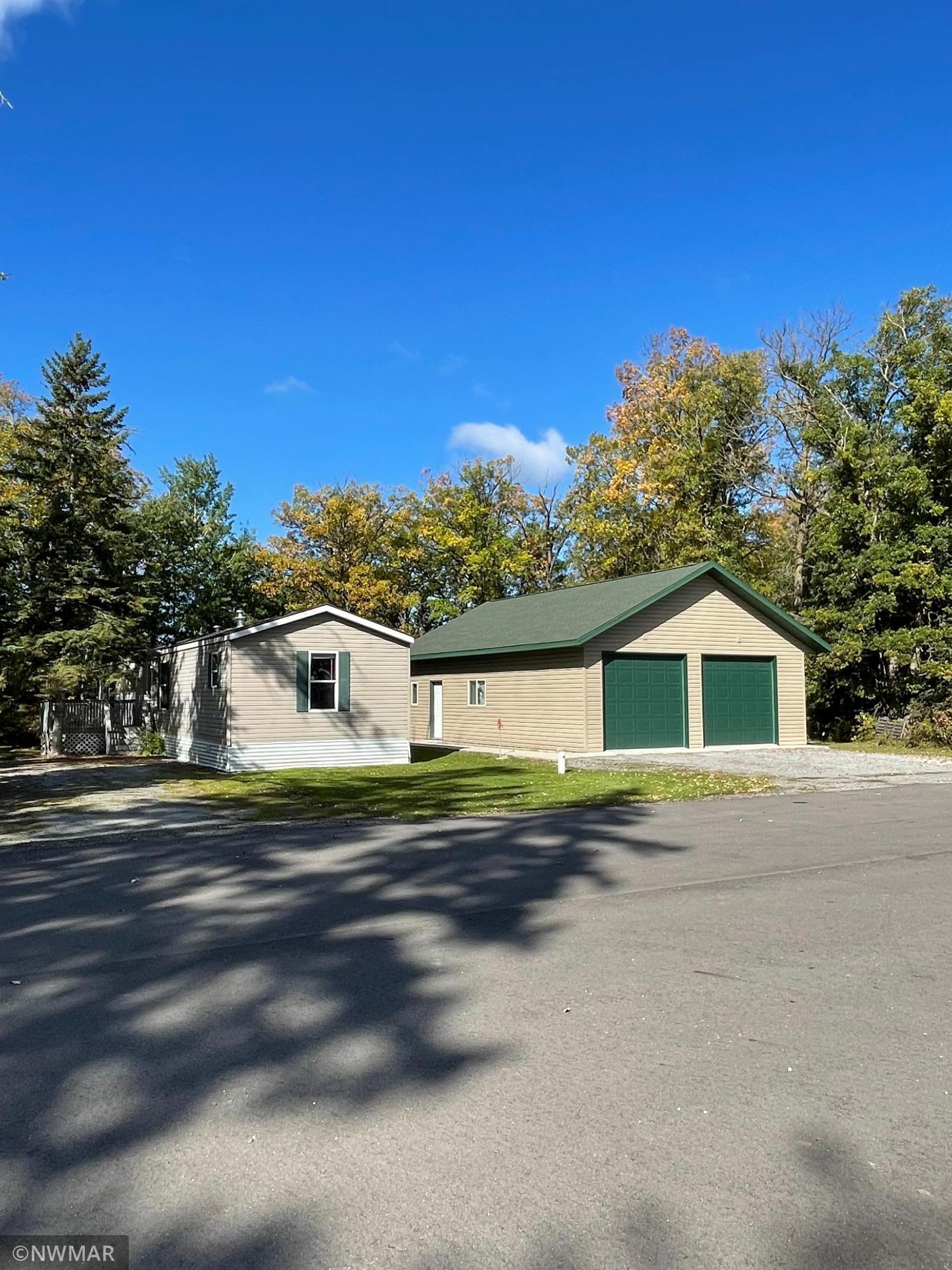 2273 Oak Harbor Drive Property Photo
