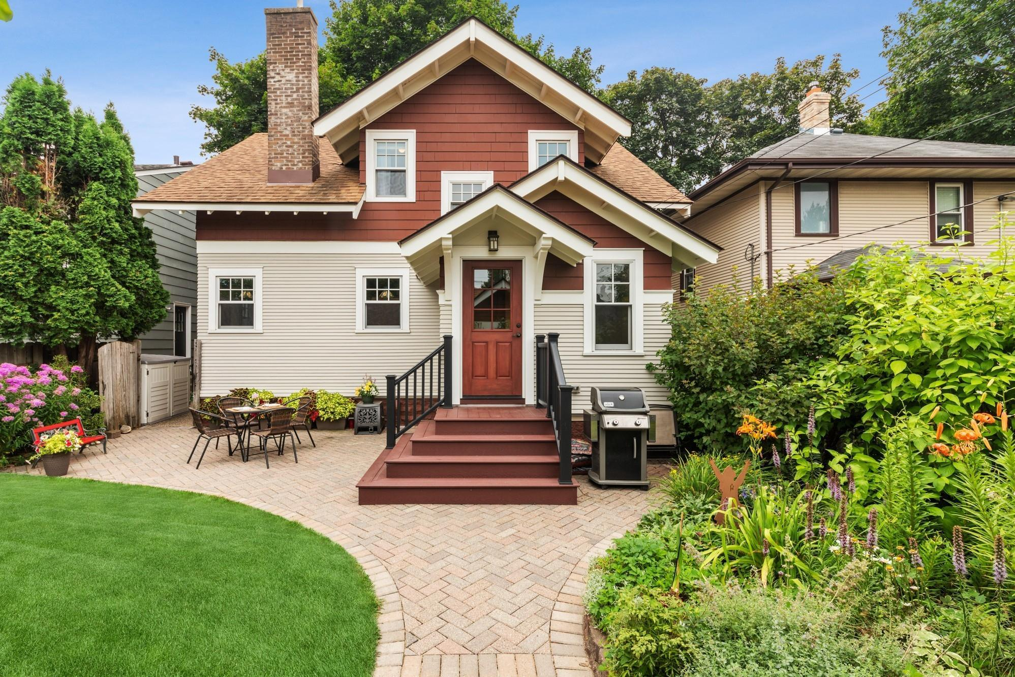 1511 Sargent Avenue Property Photo