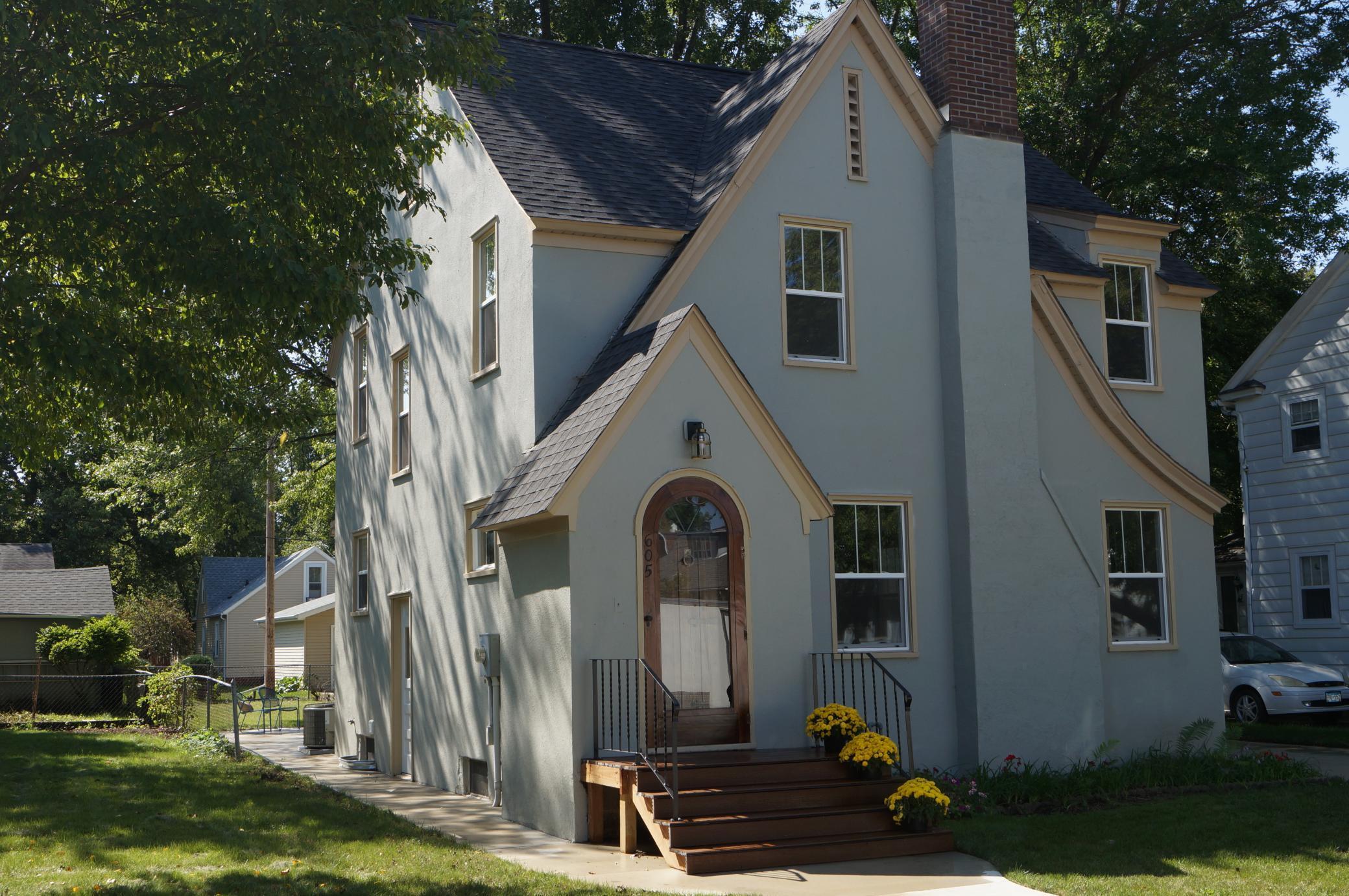 605 4th Avenue Property Photo
