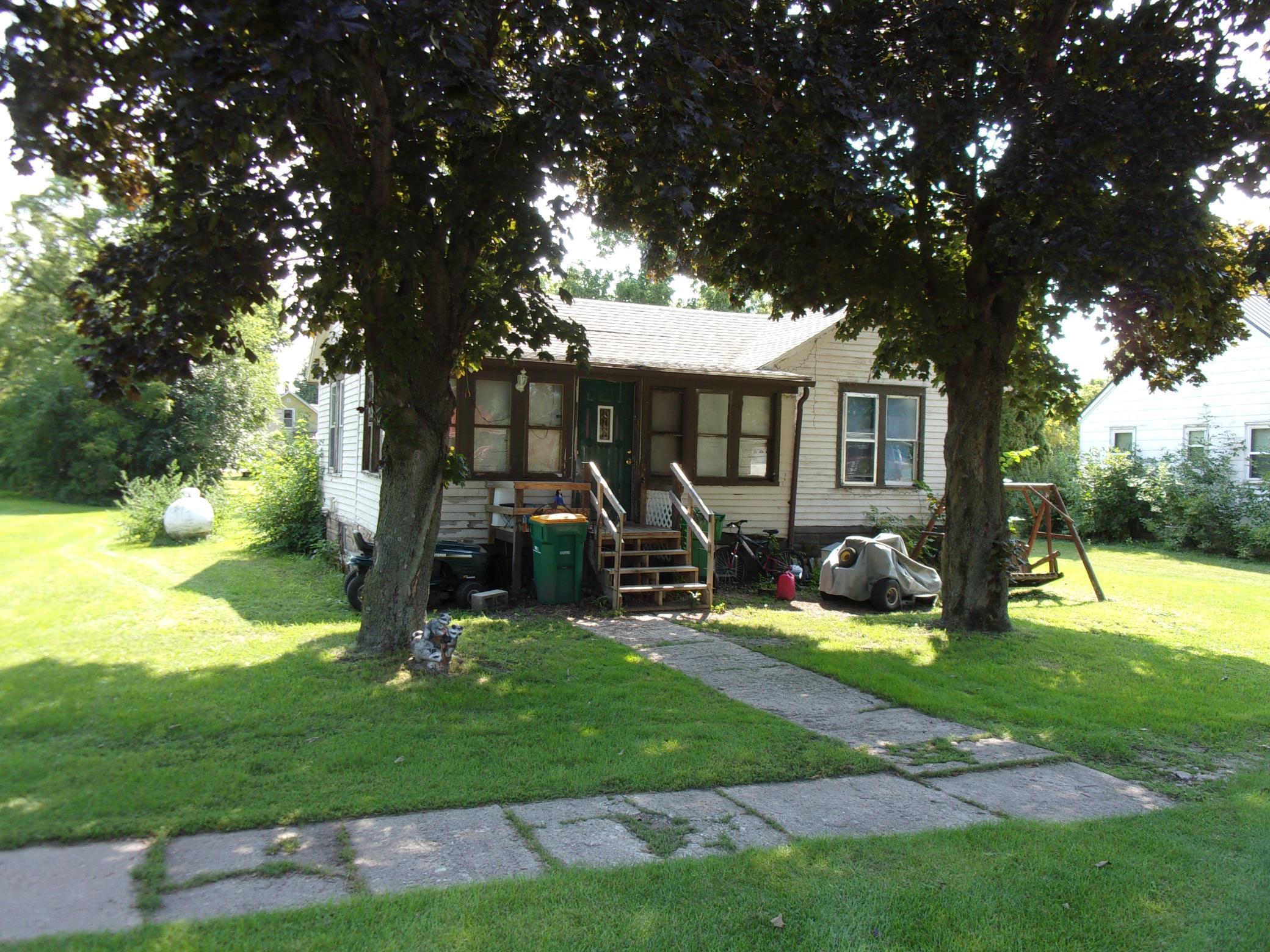 305 W Main Street Property Photo