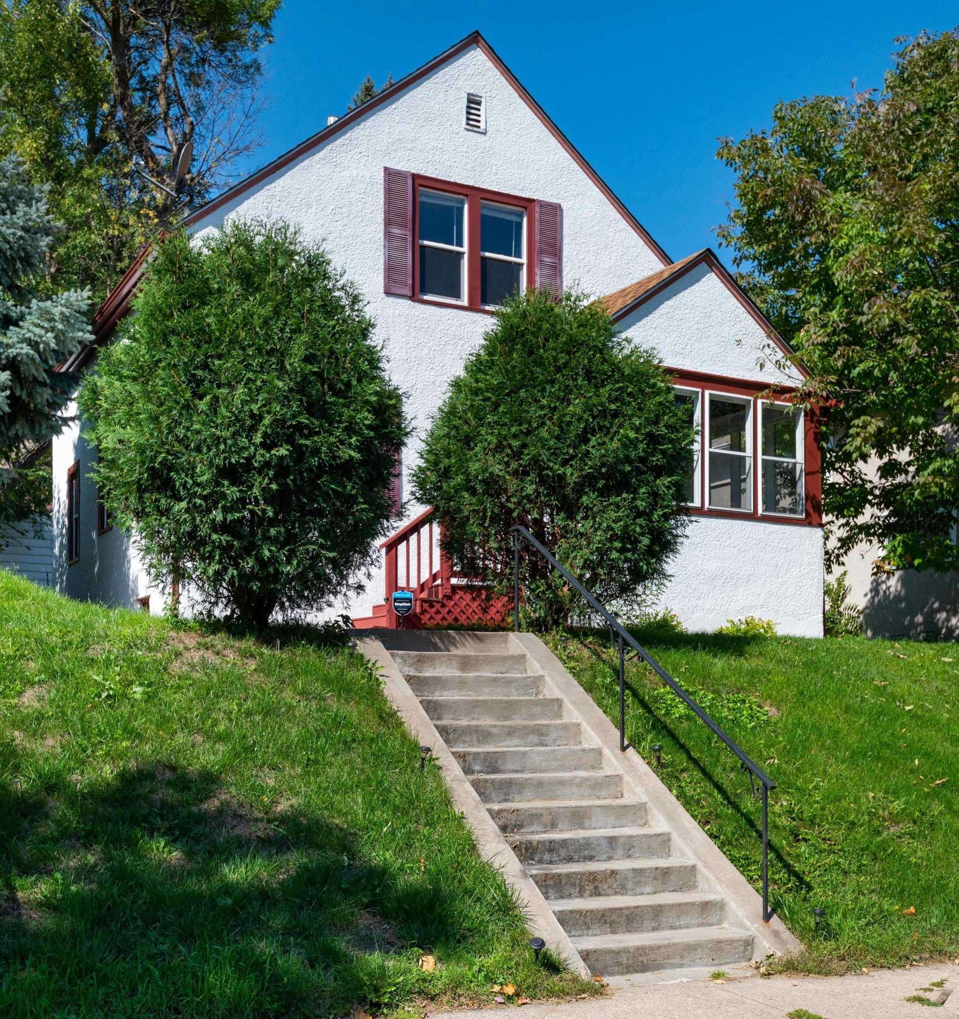 1335 Searle Street Property Photo