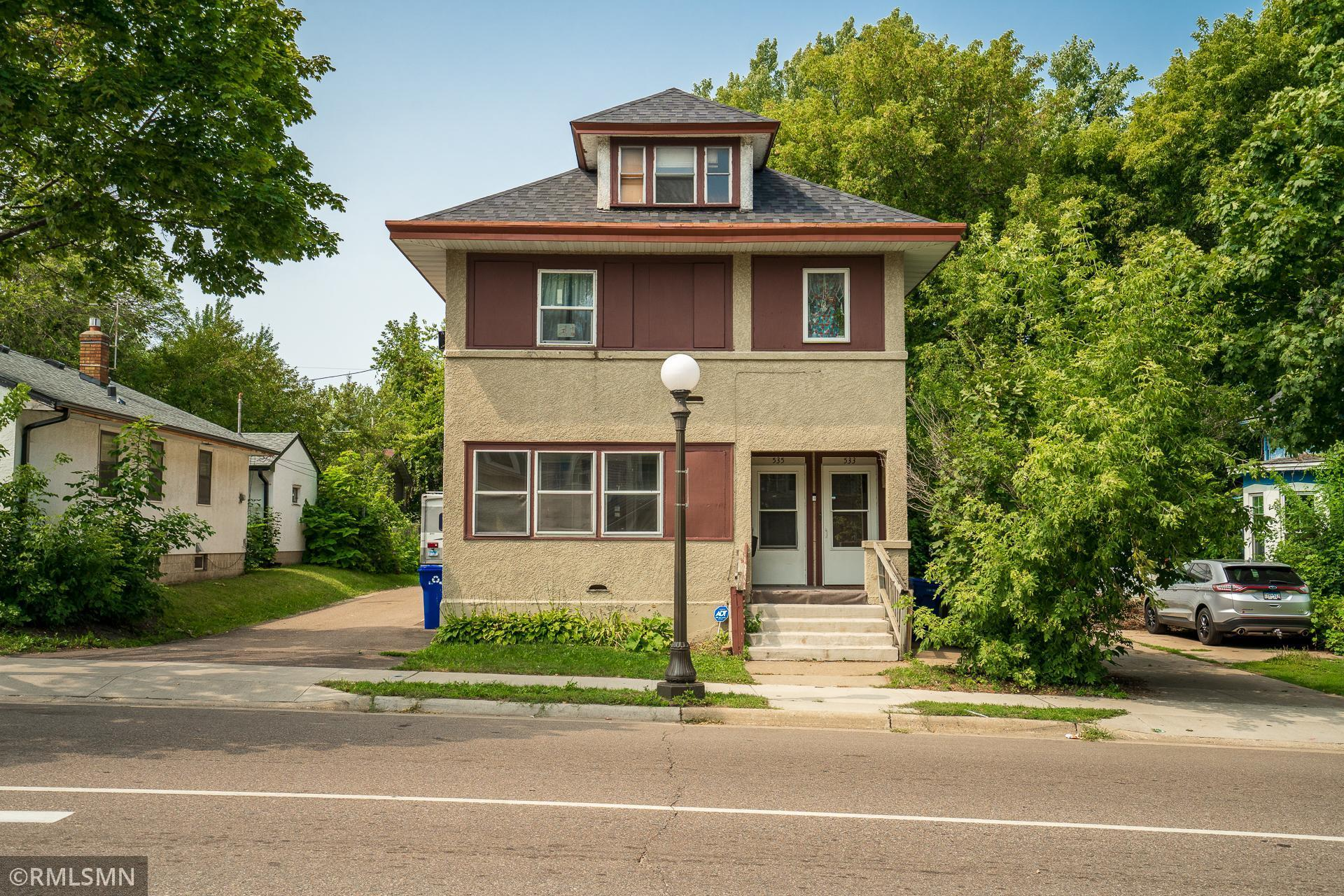 Balmes Add To W St Paul Real Estate Listings Main Image