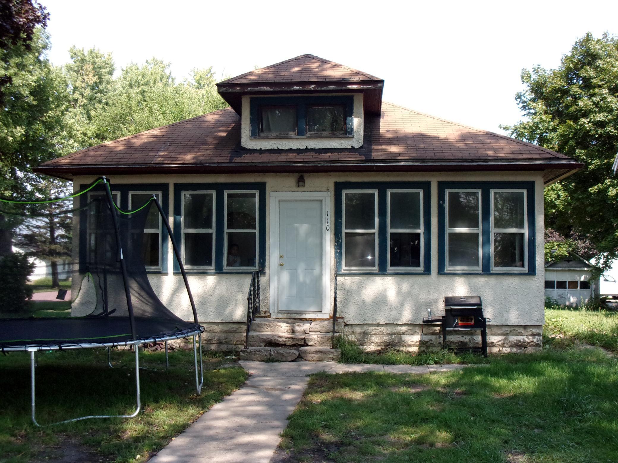 110 W Lincoln Street Property Photo