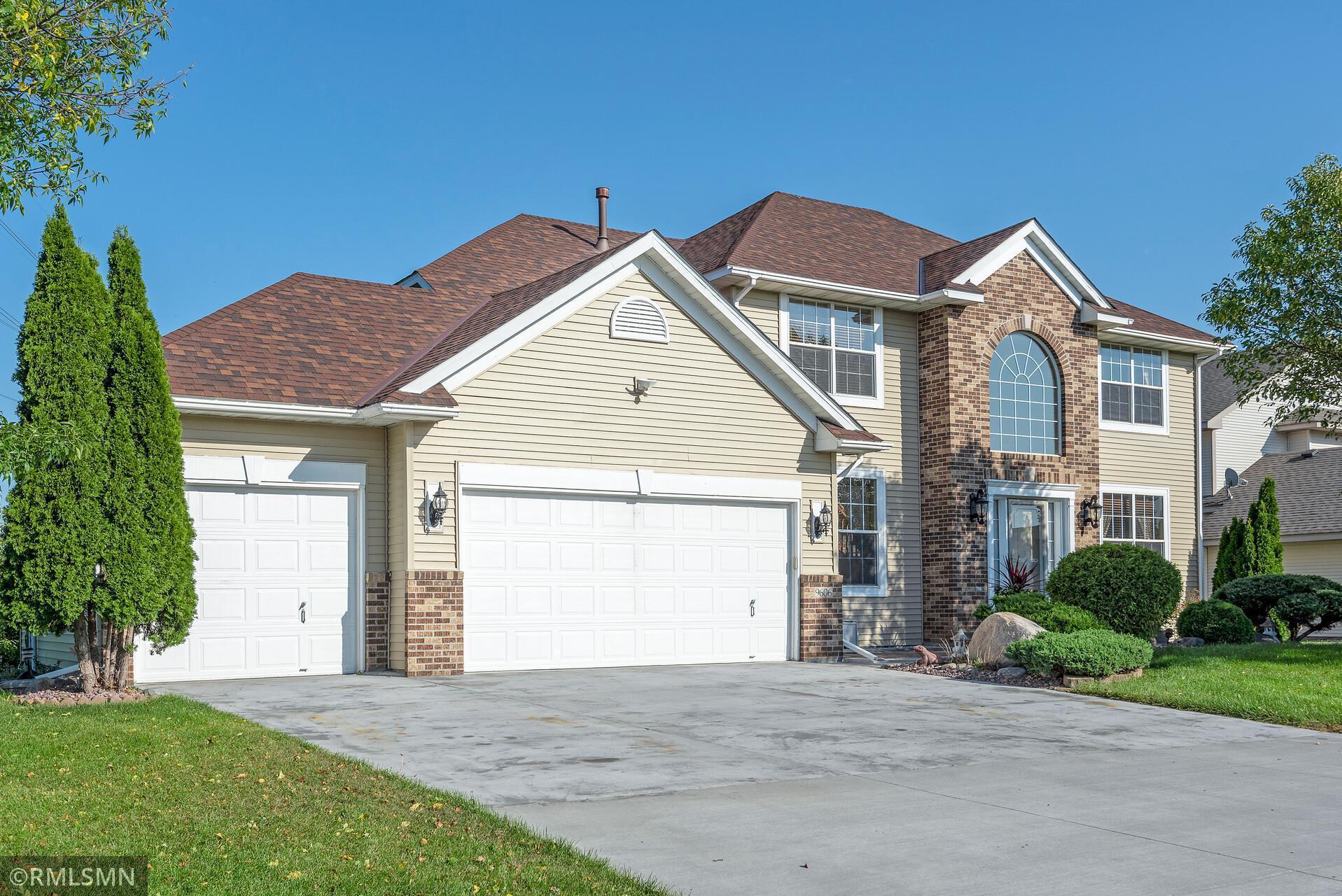 9606 Evergreen Avenue Property Photo