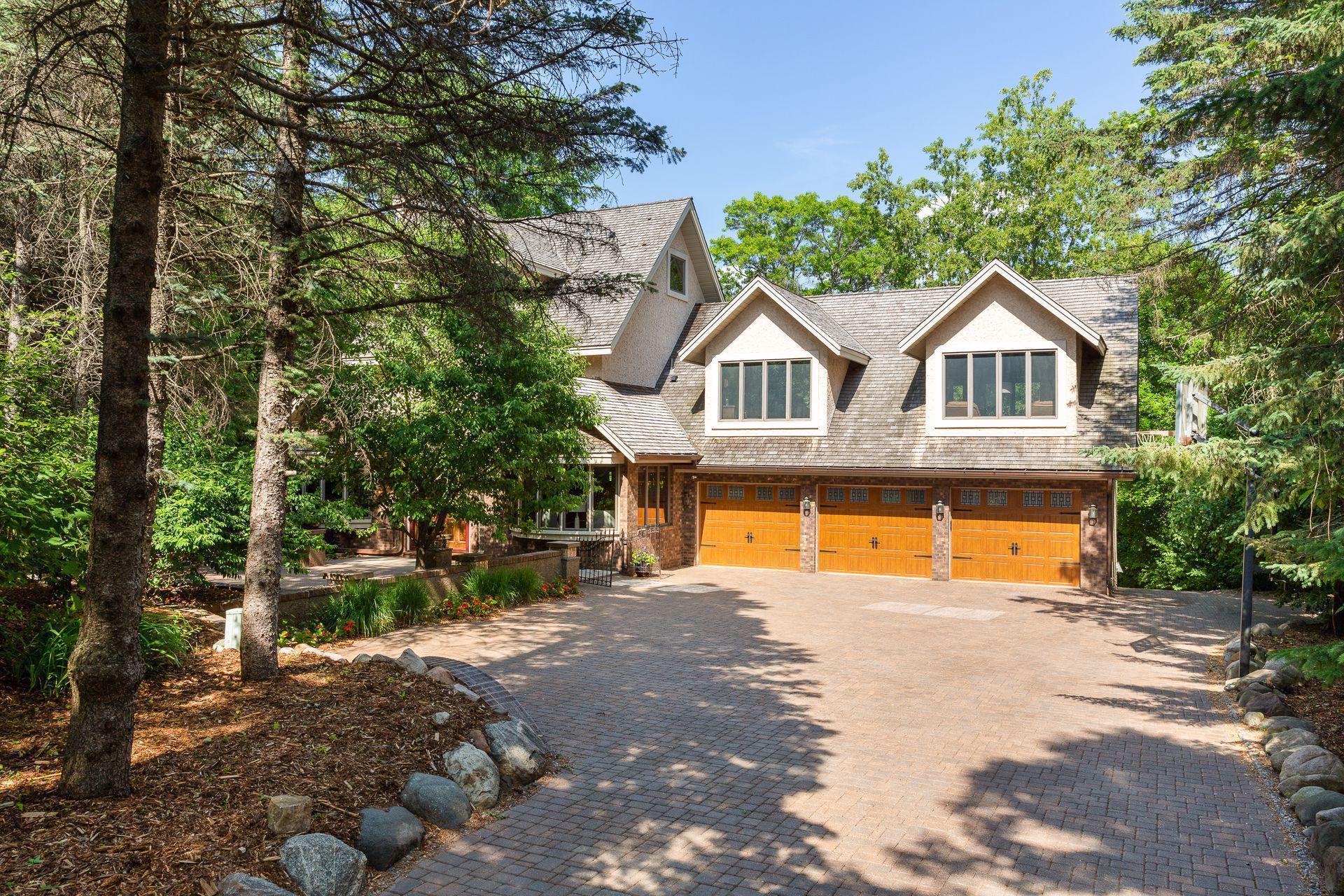 8251 Wyoming Avenue Property Photo