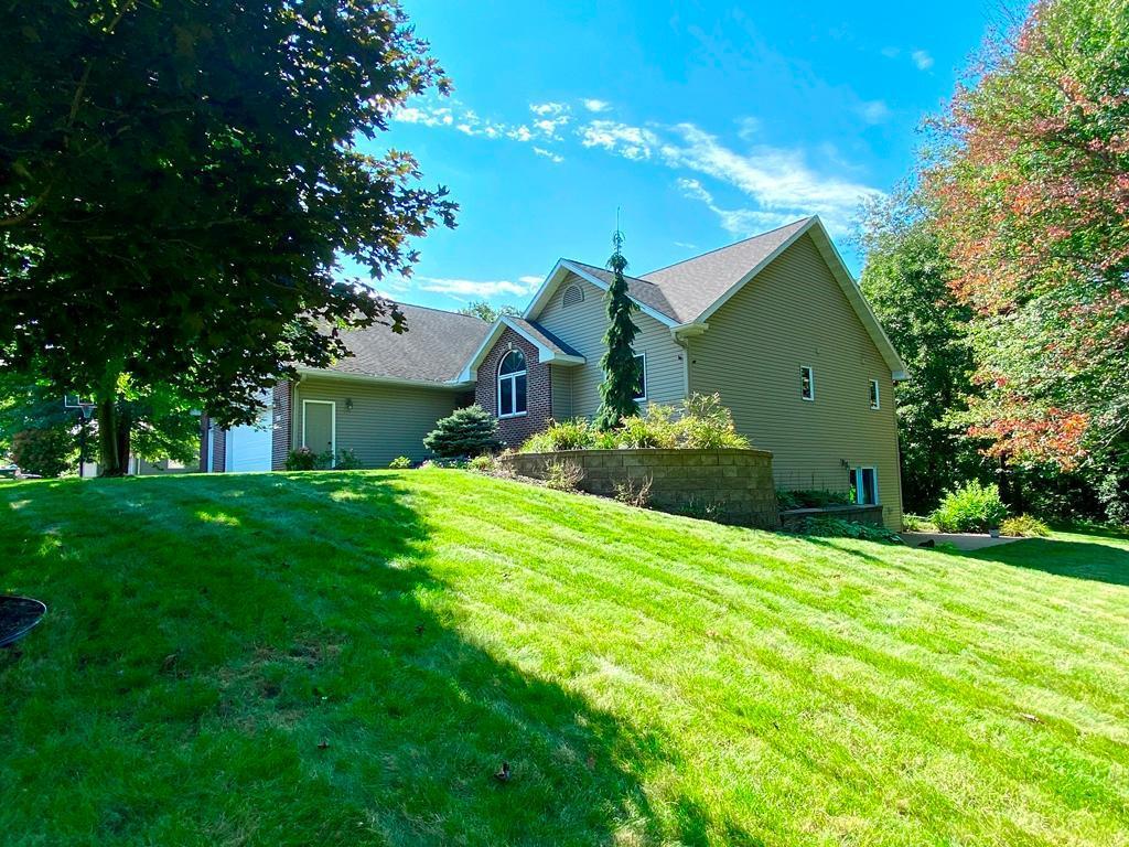 435 1st Avenue Property Photo