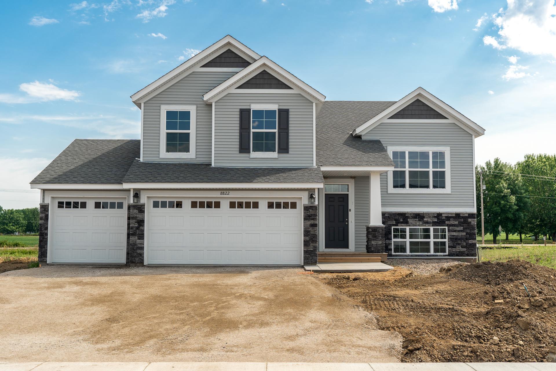 11626 Lakewood Circle Property Photo