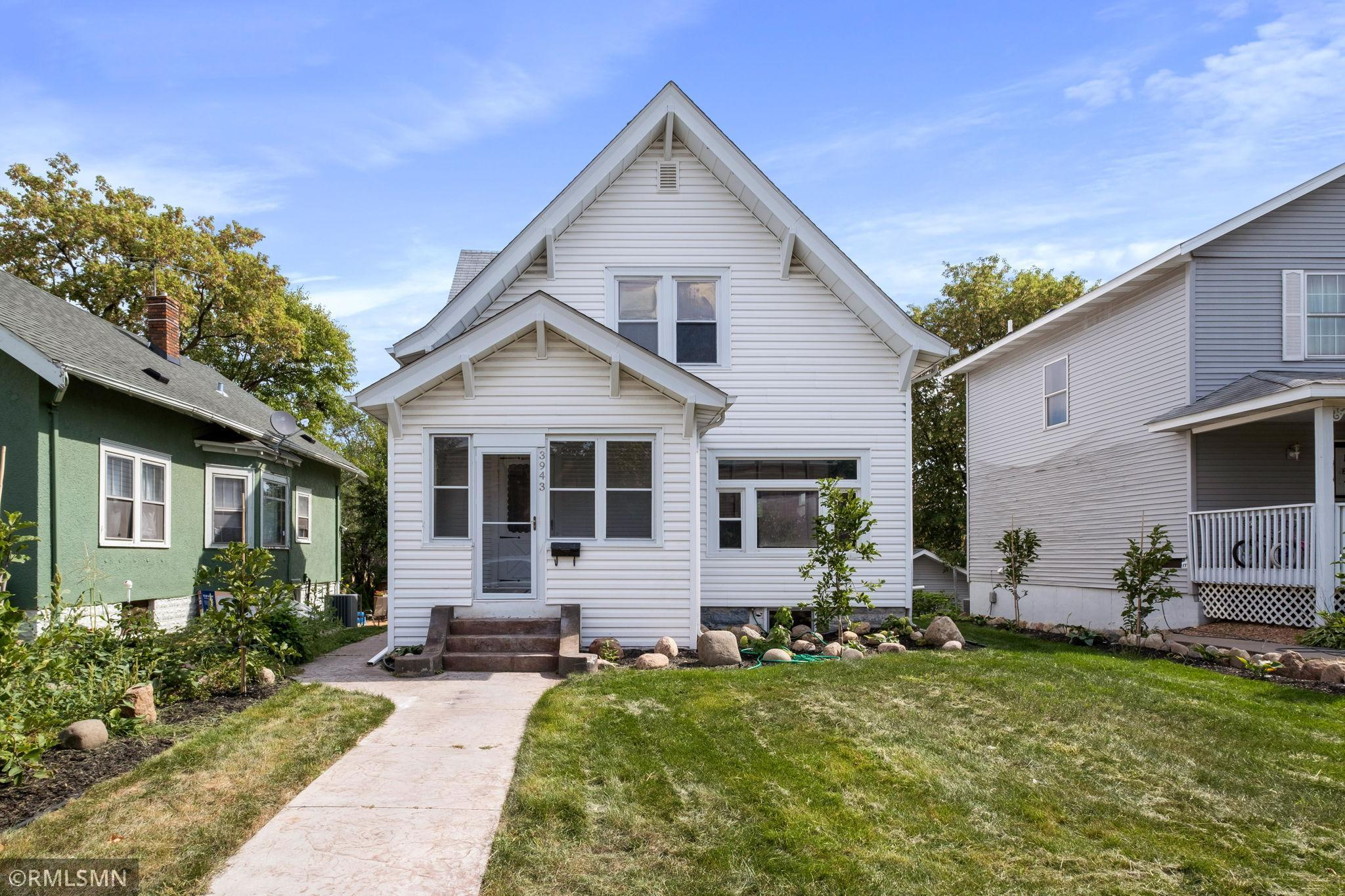 3943 2nd Avenue Property Photo