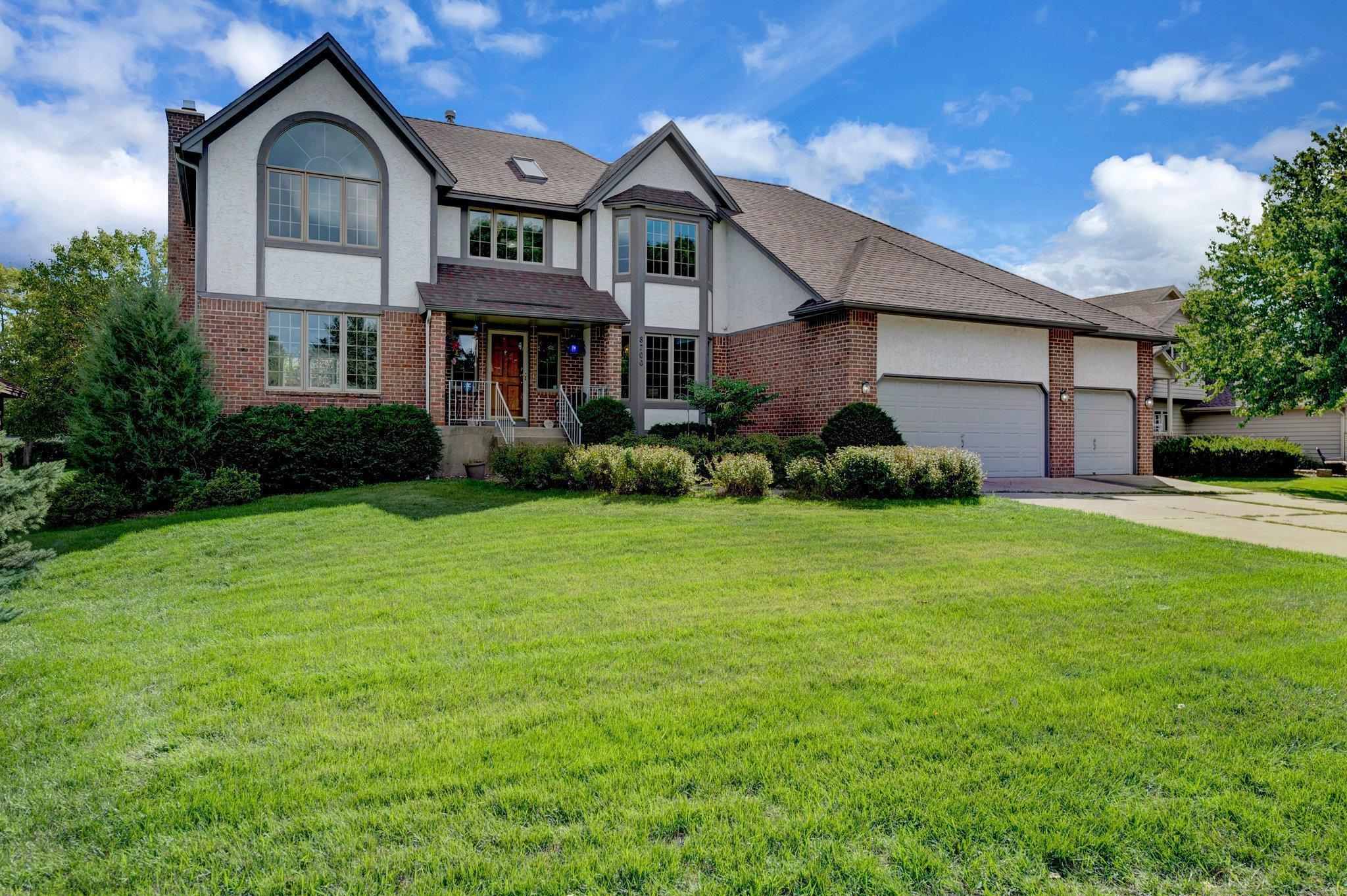 8700 Kilbirnie Terrace Property Photo