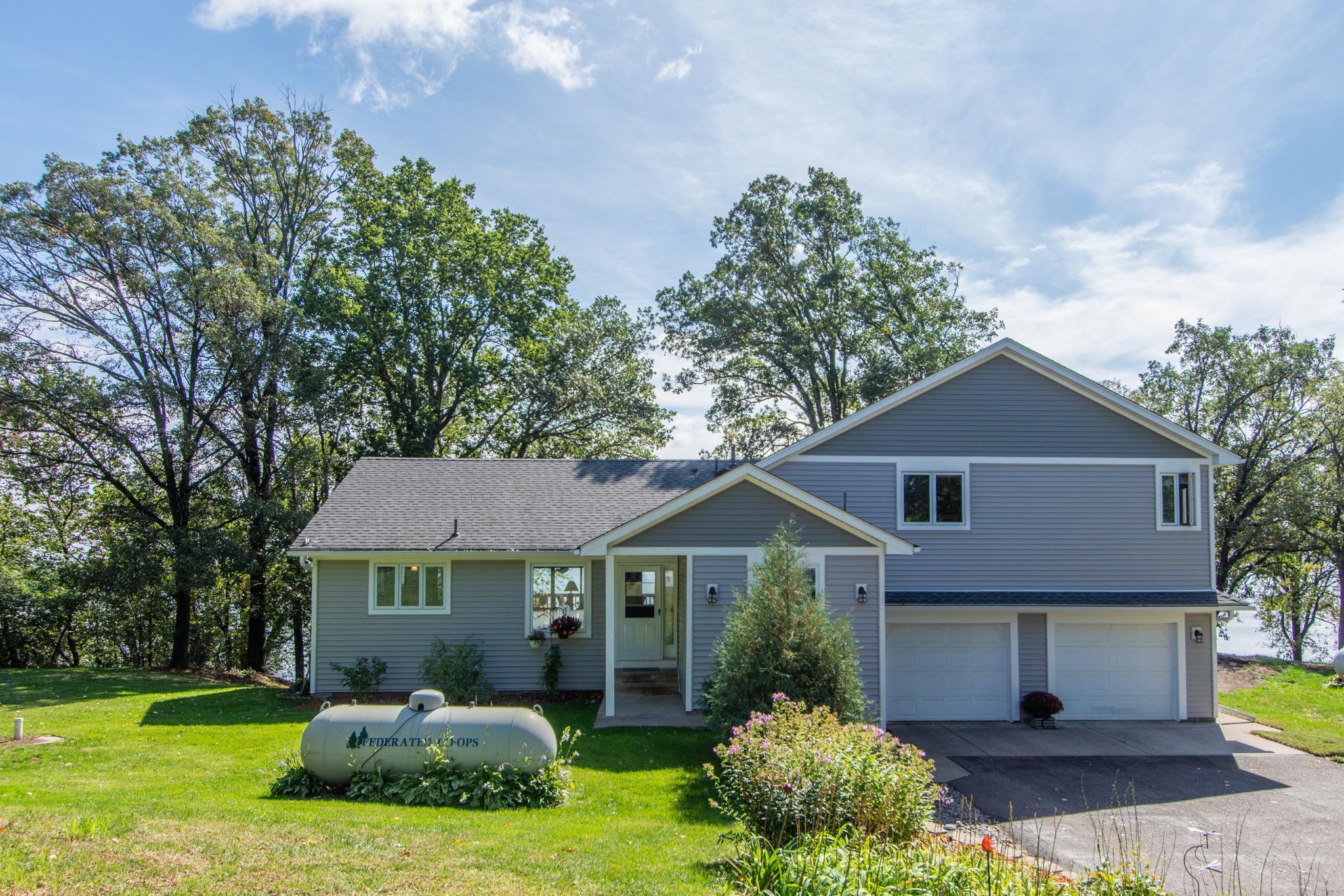 20550 Pike Avenue Property Photo