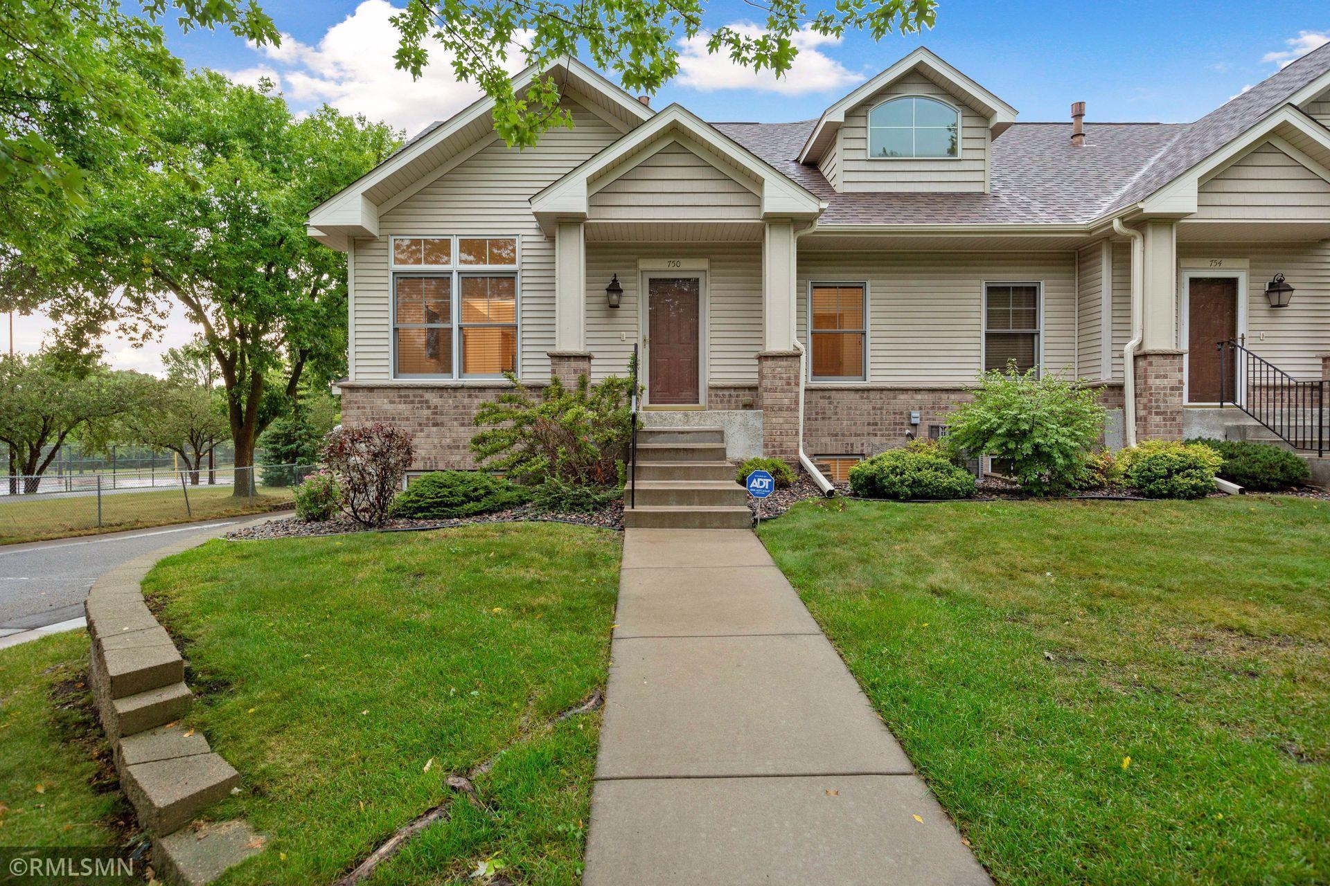 750 Parkside Lane Property Photo