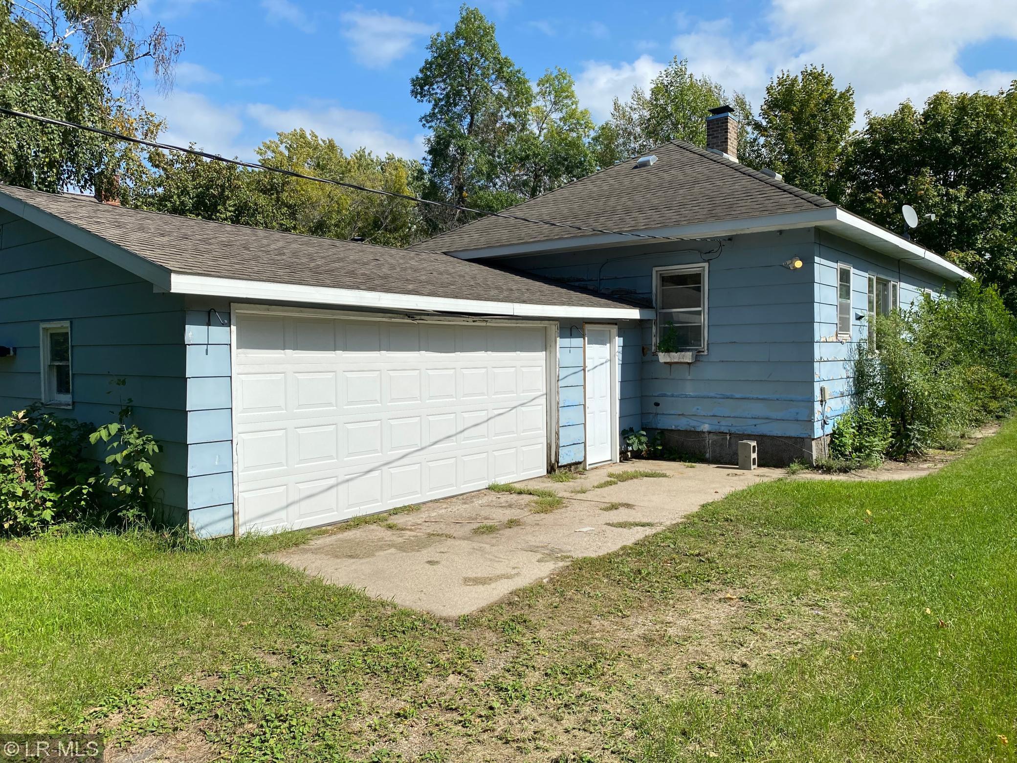 217 Bakers Street Property Photo
