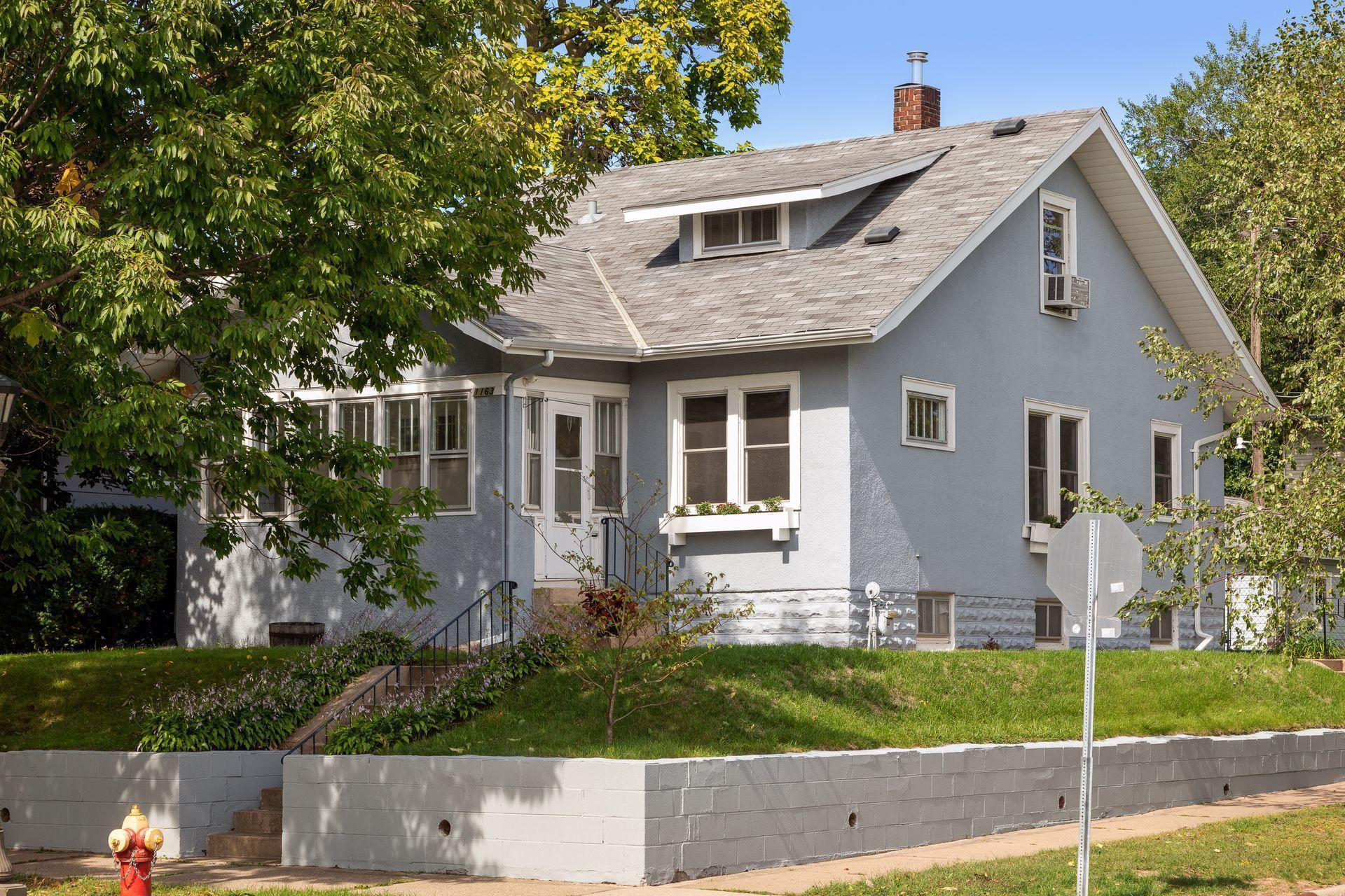 1163 Charles Avenue Property Photo