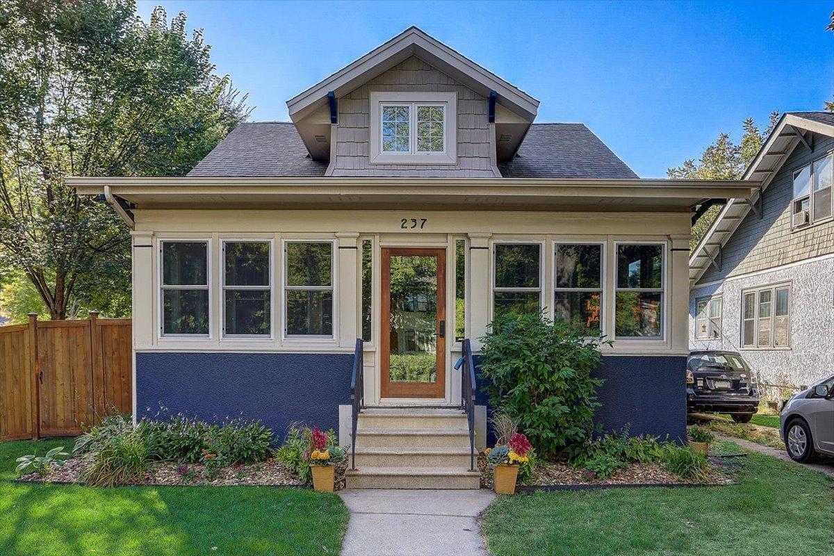 237 Amherst Street Property Photo