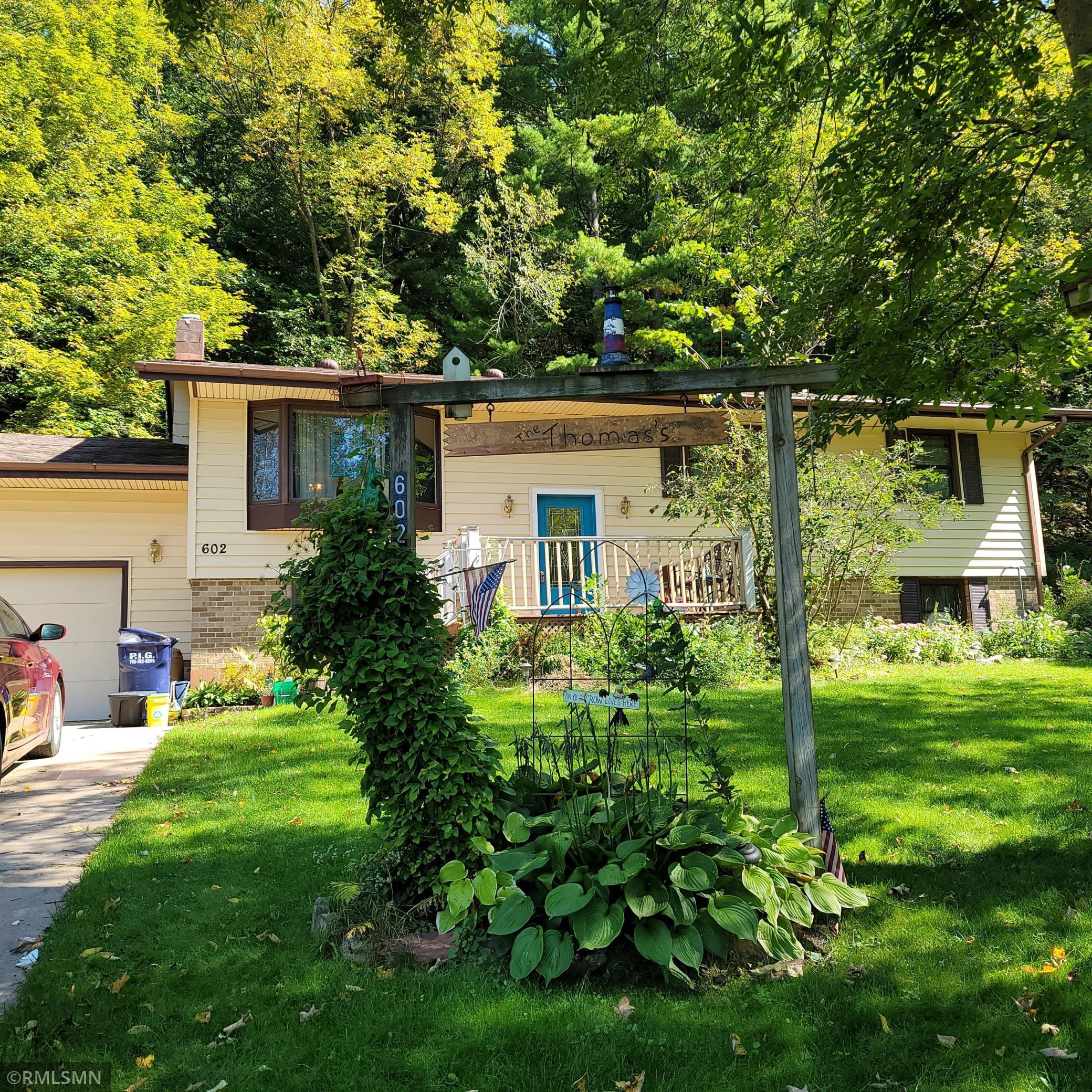 602 S Woodworth Street Property Photo