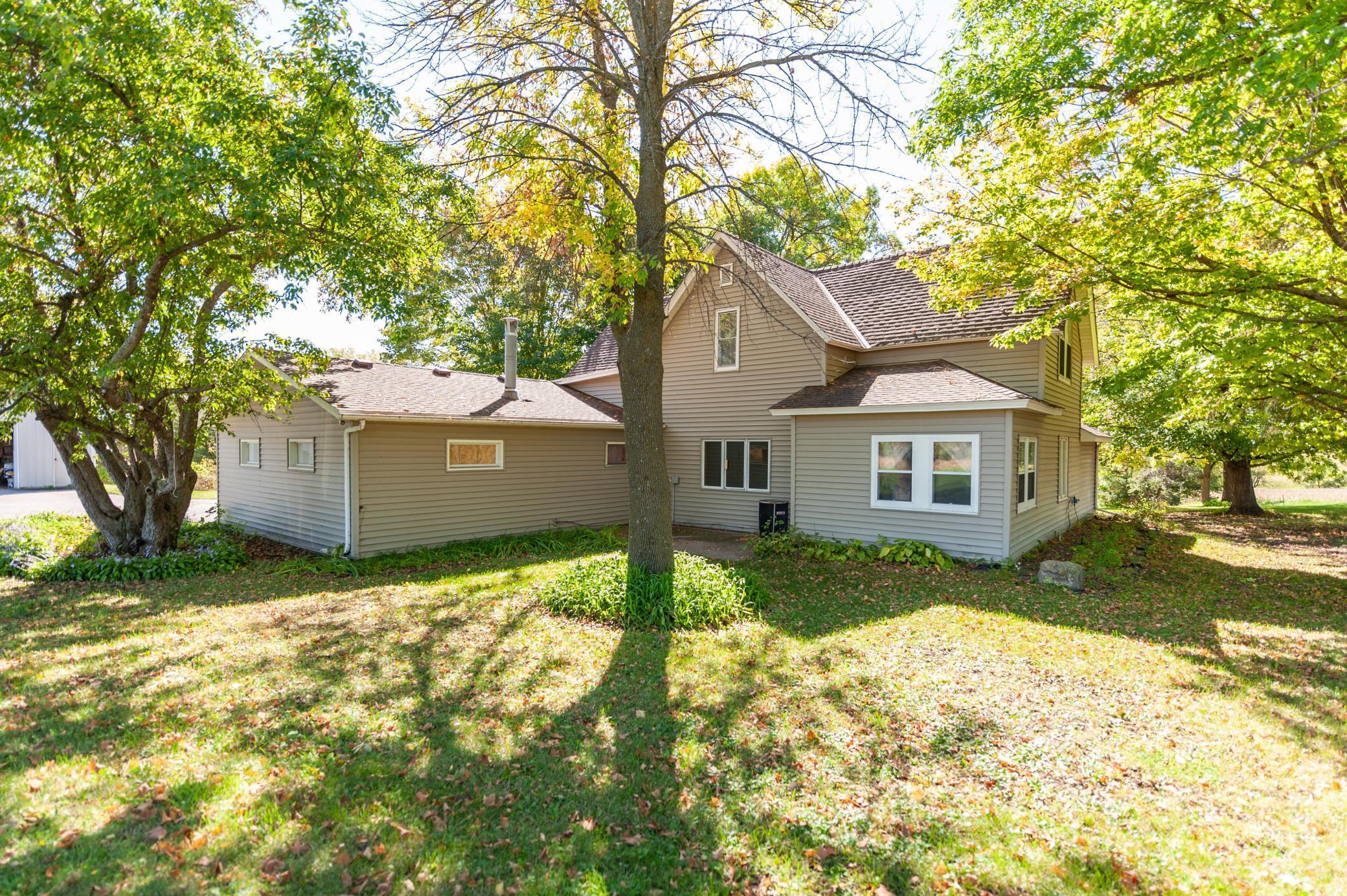 6858 Ames Avenue Property Photo