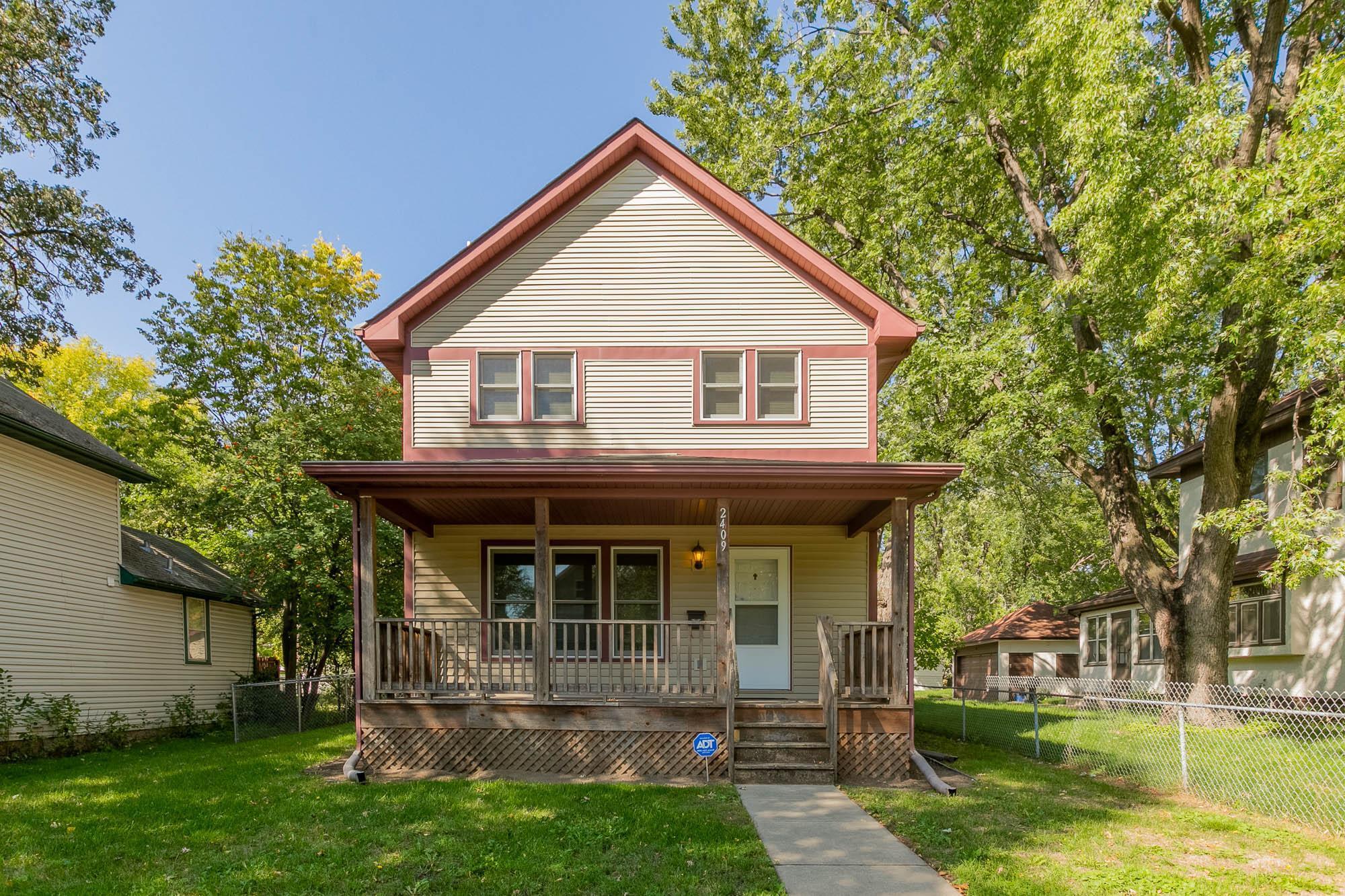 2409 Dupont Avenue Property Photo