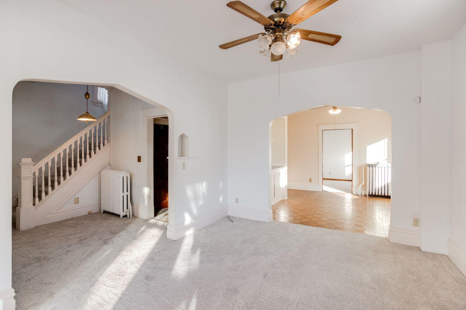 1227 Thomas Avenue Property Photo
