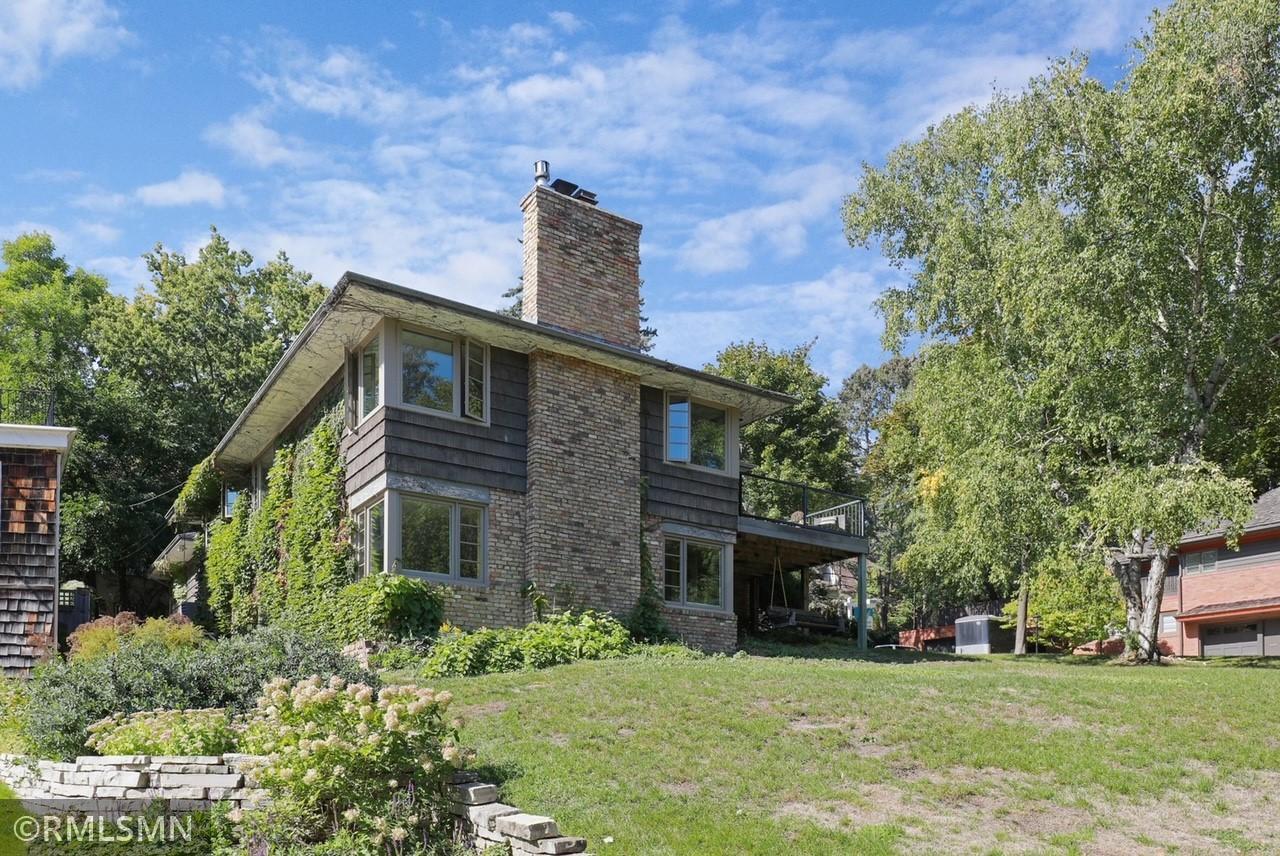 Tangletown Real Estate Listings Main Image