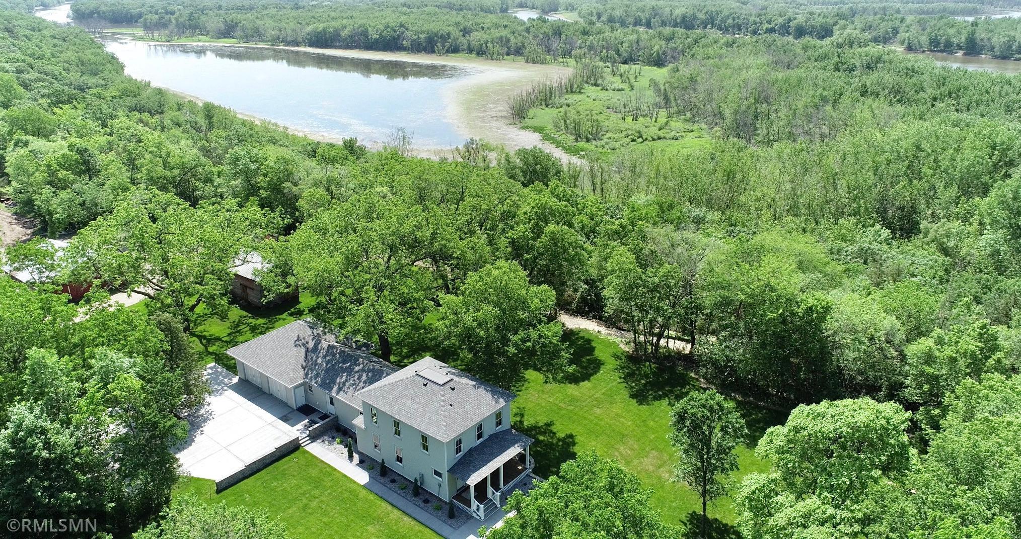 54014 Real Estate Listings Main Image